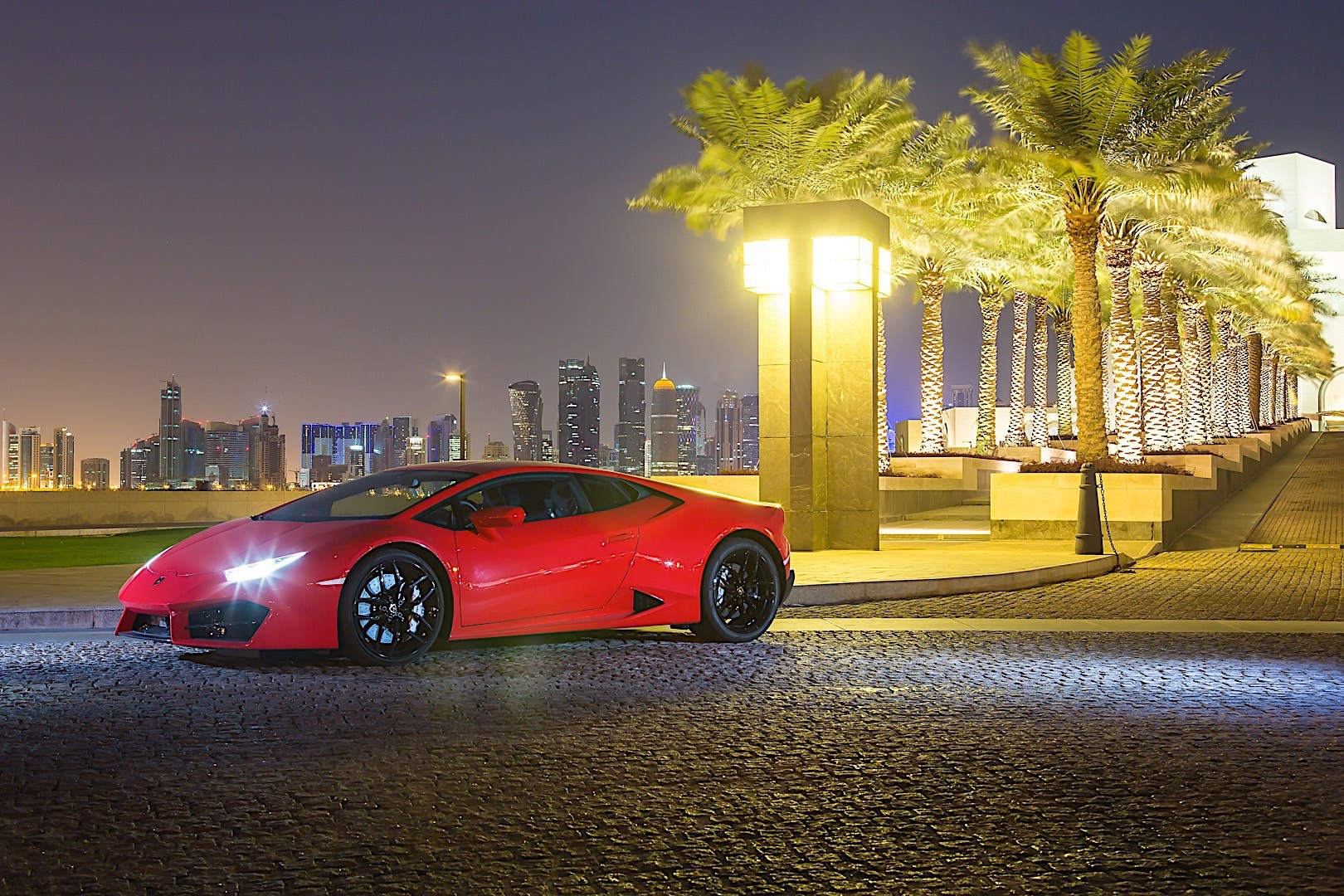 lamborghini huracan lp 580 2 rwd specs 2015 2016 2017 autoevolution. Black Bedroom Furniture Sets. Home Design Ideas