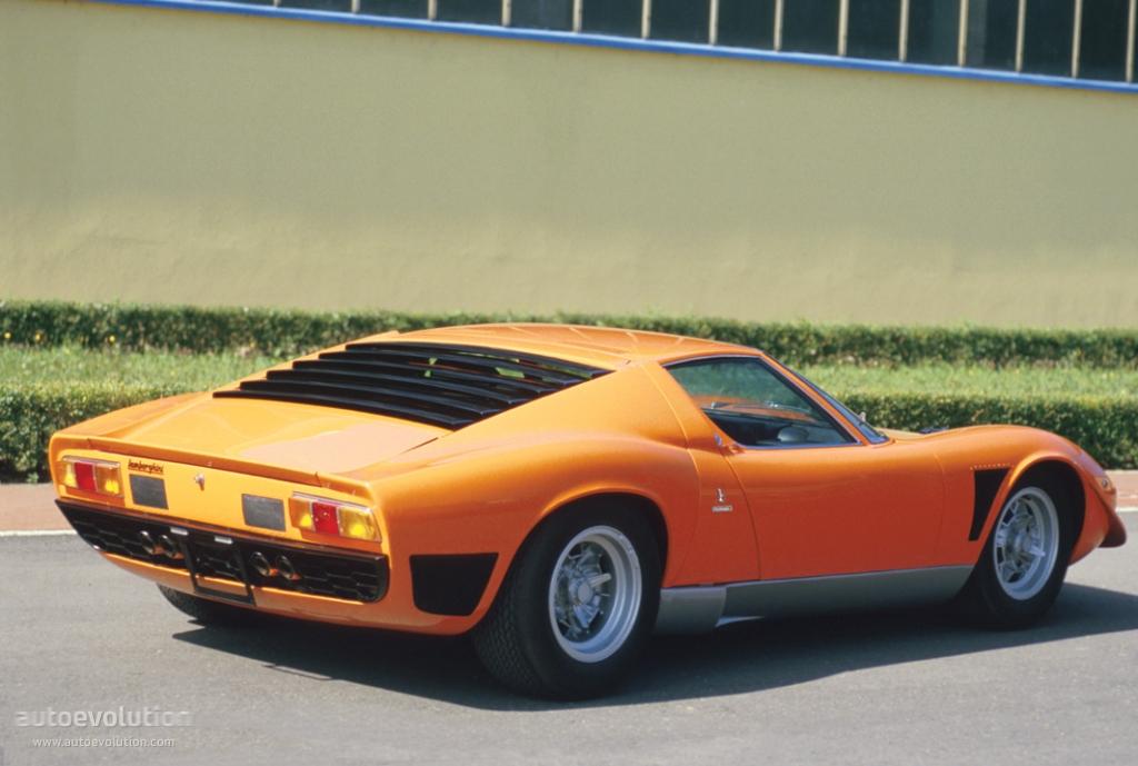 Lamborghini Miura Sv J Specs Amp Photos 1971 1972 1973