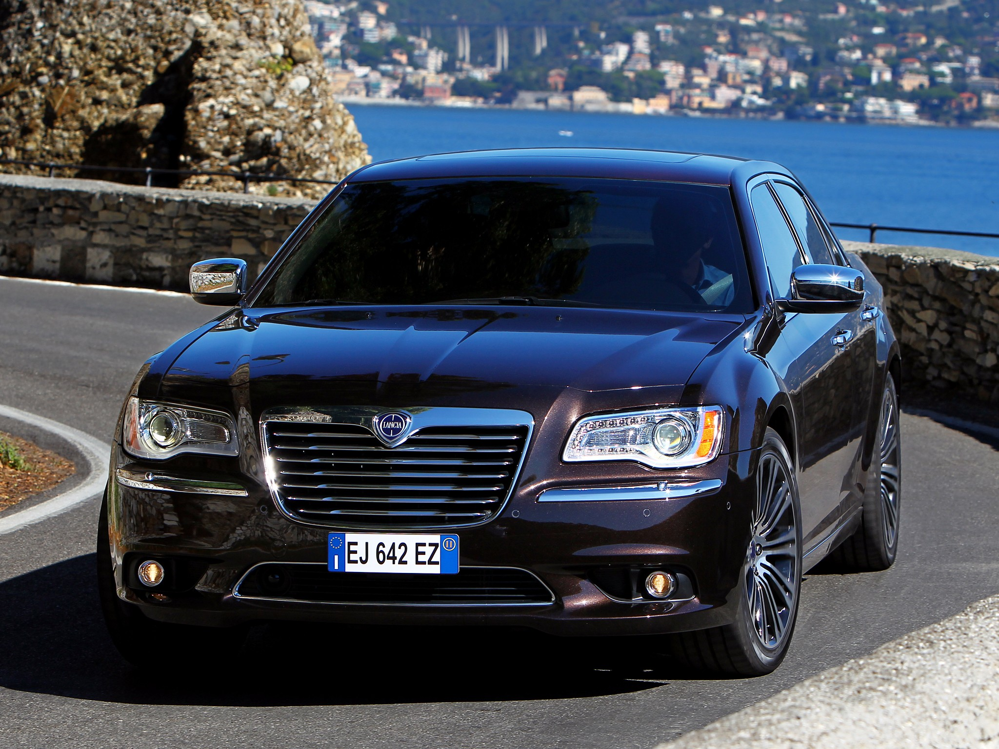 New 300 Chrysler 2016 >> LANCIA Thema - 2011, 2012, 2013, 2014, 2015, 2016, 2017 - autoevolution