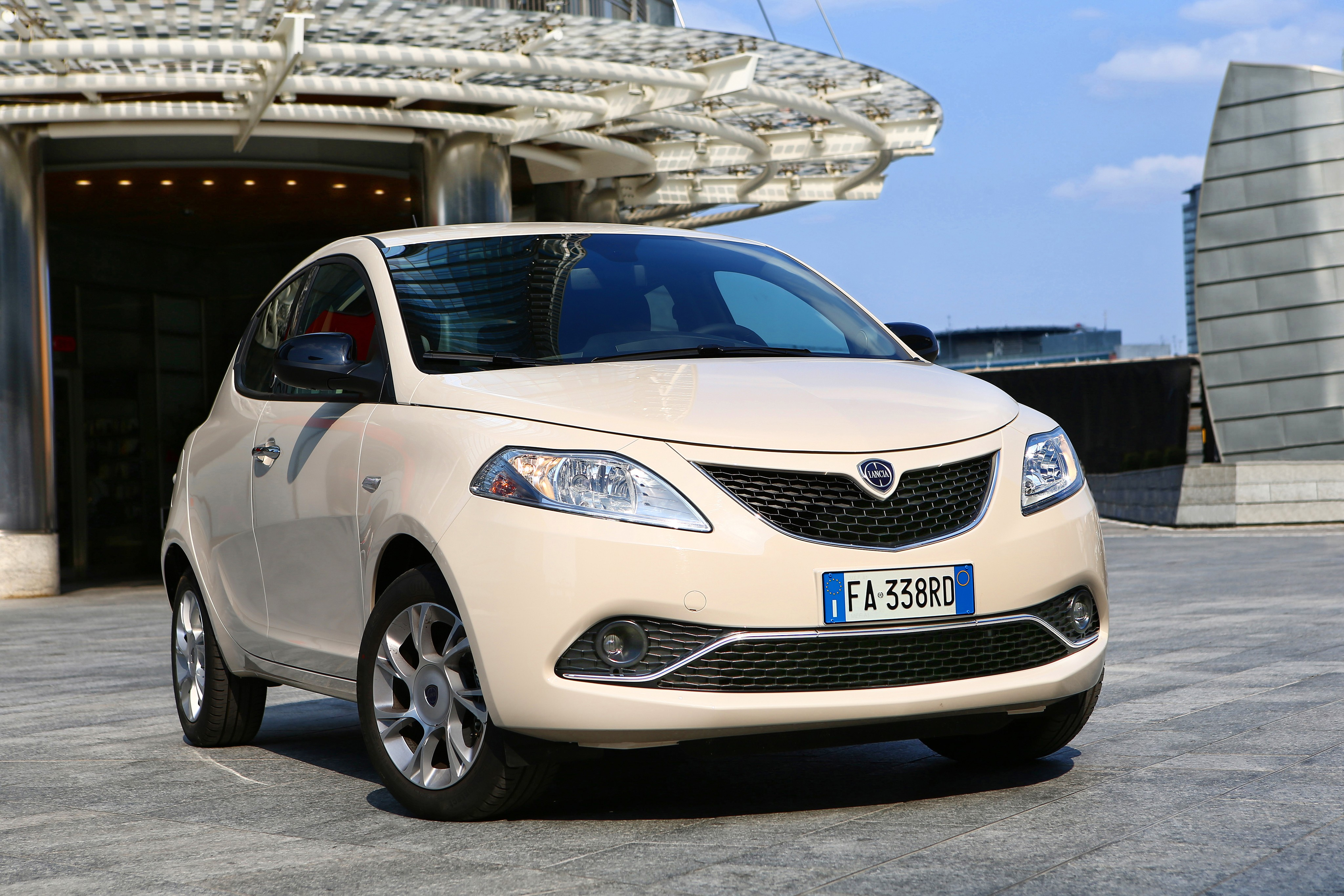 Lancia Ypsilon Specs Amp Photos 2015 2016 2017 2018