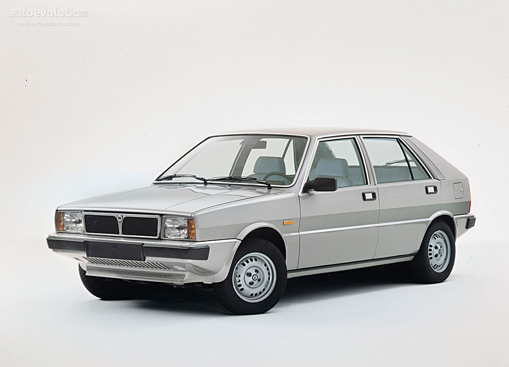 lancia delta 1979 1980 1981 1982 1983 autoevolution. Black Bedroom Furniture Sets. Home Design Ideas