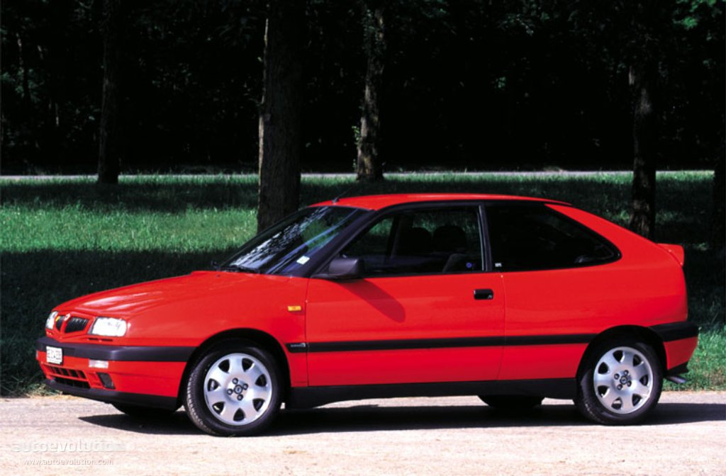 LANCIA Delta HPE specs & photos - 1995, 1996, 1997, 1998 ...