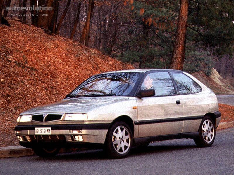 Lancia Delta Hpe Specs Amp Photos 1995 1996 1997 1998