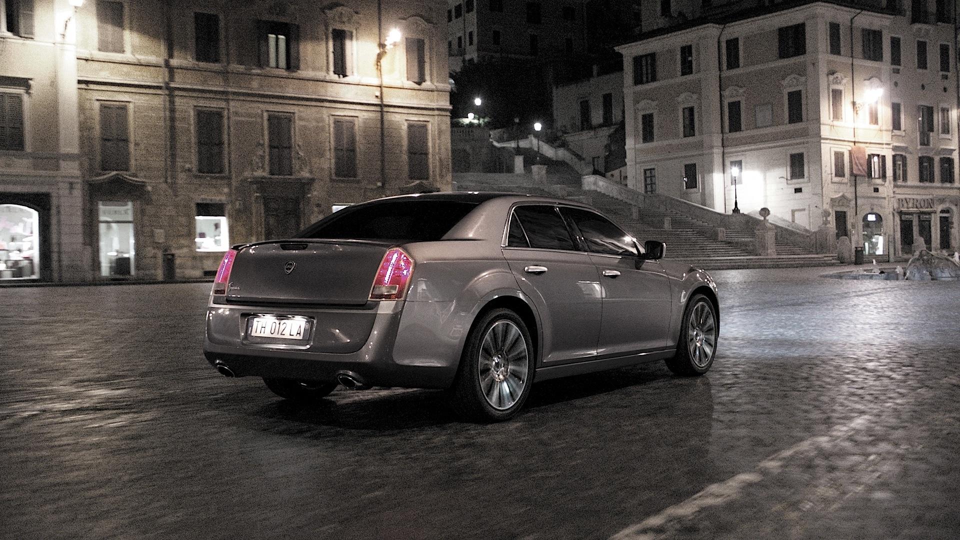 Lancia Thema Specs Amp Photos 2011 2012 2013 2014