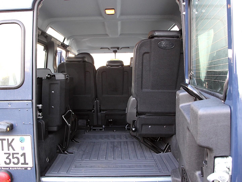 Used Land Rover Defender >> LAND ROVER Defender 110 specs & photos - 2007, 2008, 2009, 2010, 2011, 2012 - autoevolution
