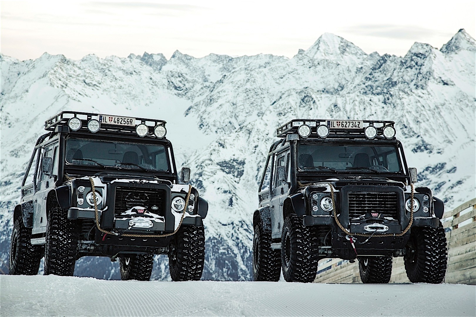 110 Wallpapers 2: LAND ROVER Defender 110 Specs & Photos