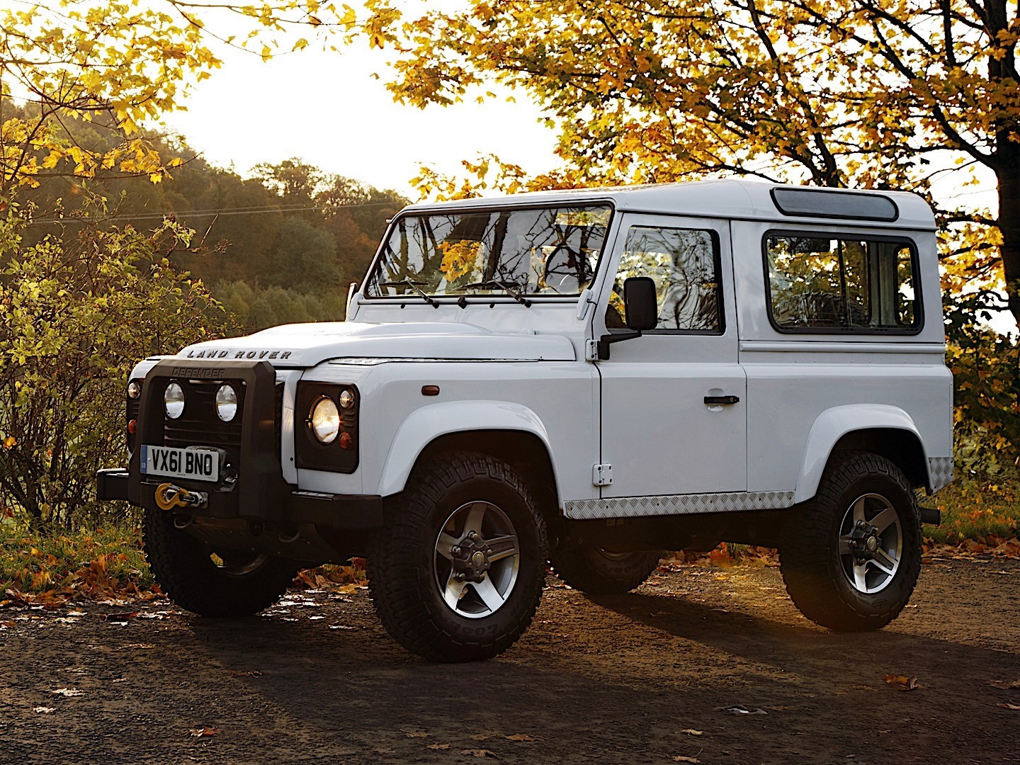 New Land Rover Discovery >> LAND ROVER Defender 90 specs & photos - 2007, 2008, 2009 ...