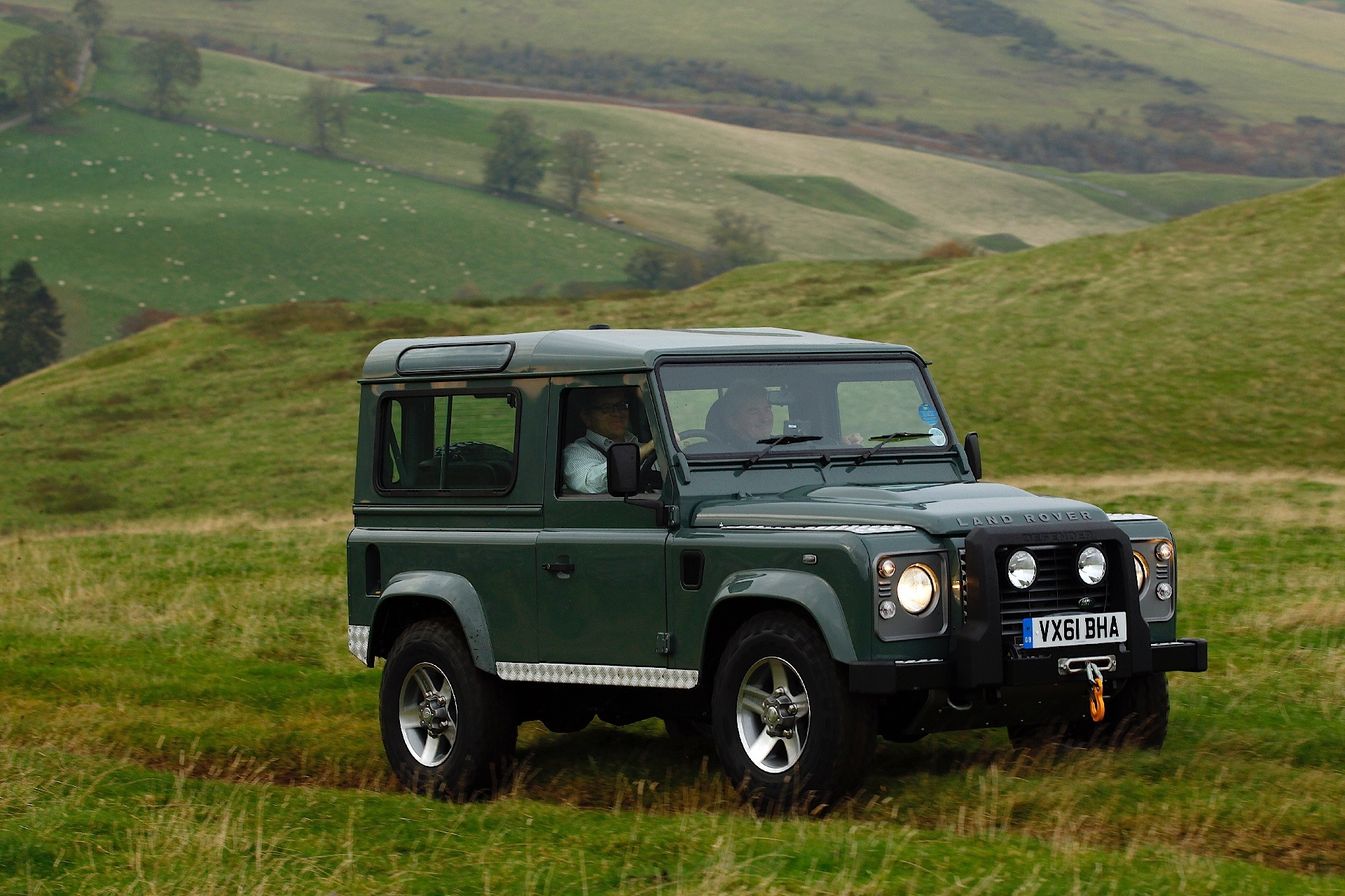 LAND ROVER Defender 90 specs - 2012, 2013, 2014, 2015, 2016 - autoevolution