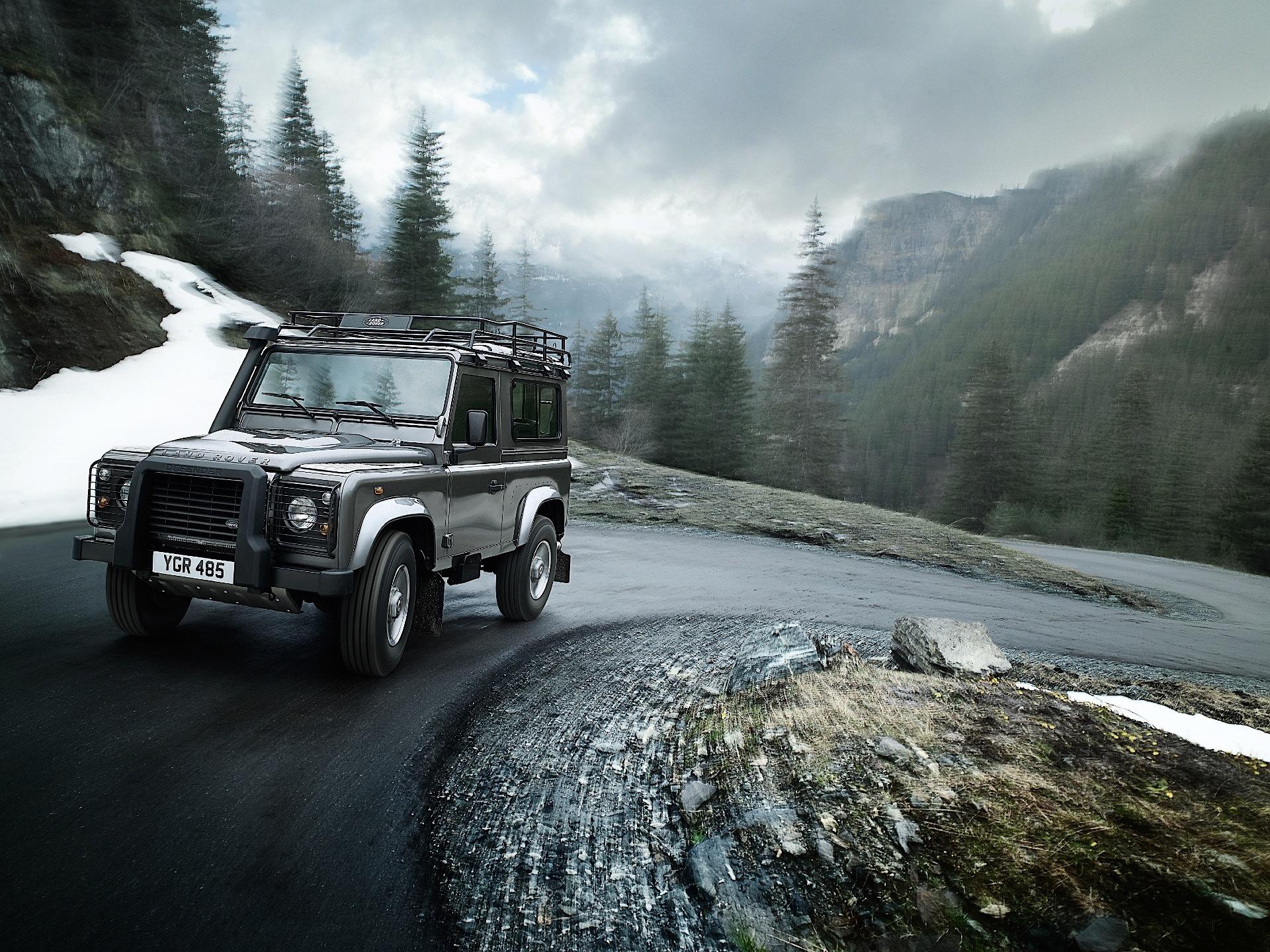 Land Rover Defender 90 Specs Amp Photos 2012 2013 2014