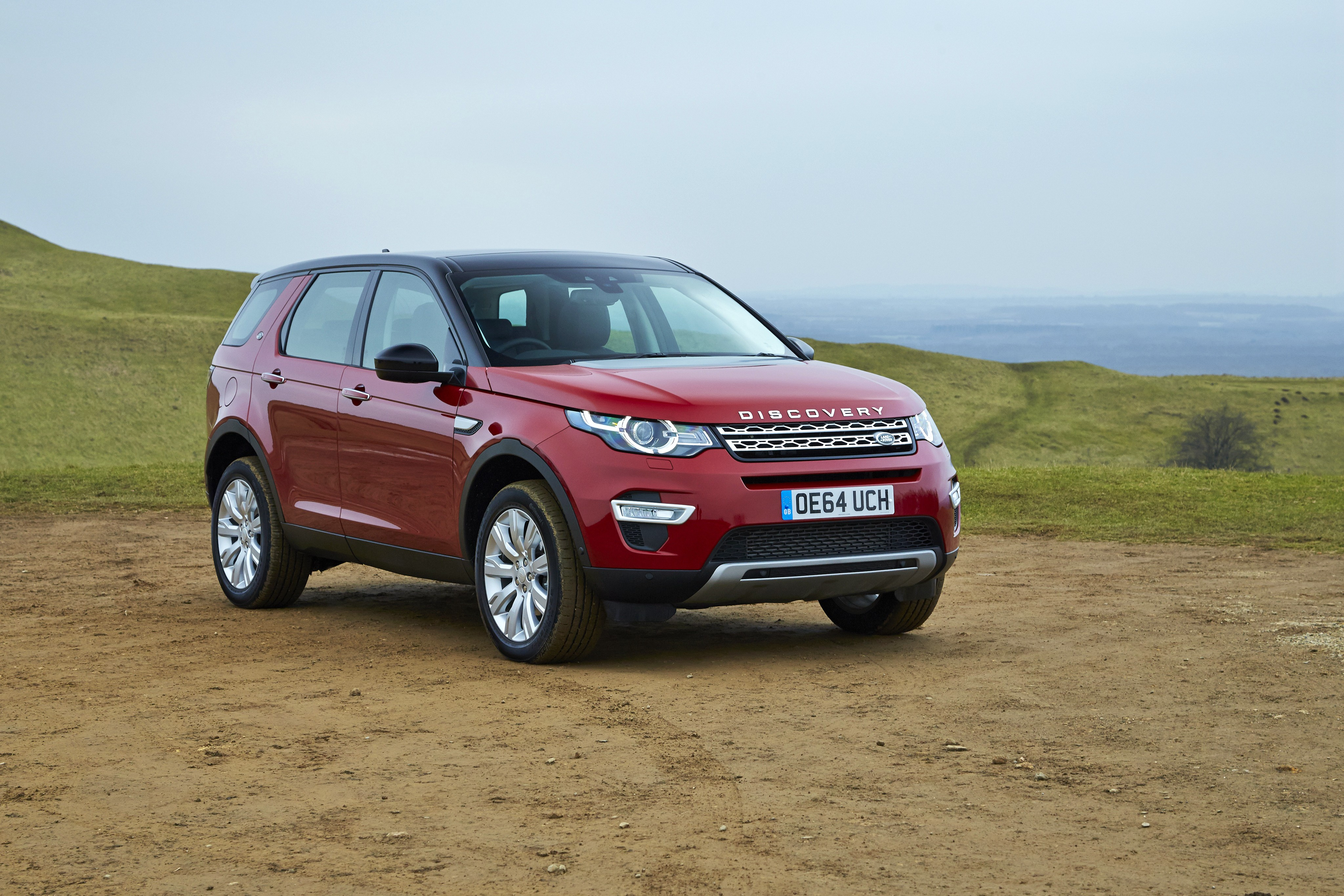 land rover discovery sport specs 2014 2015 2016 2017 autoevolution. Black Bedroom Furniture Sets. Home Design Ideas