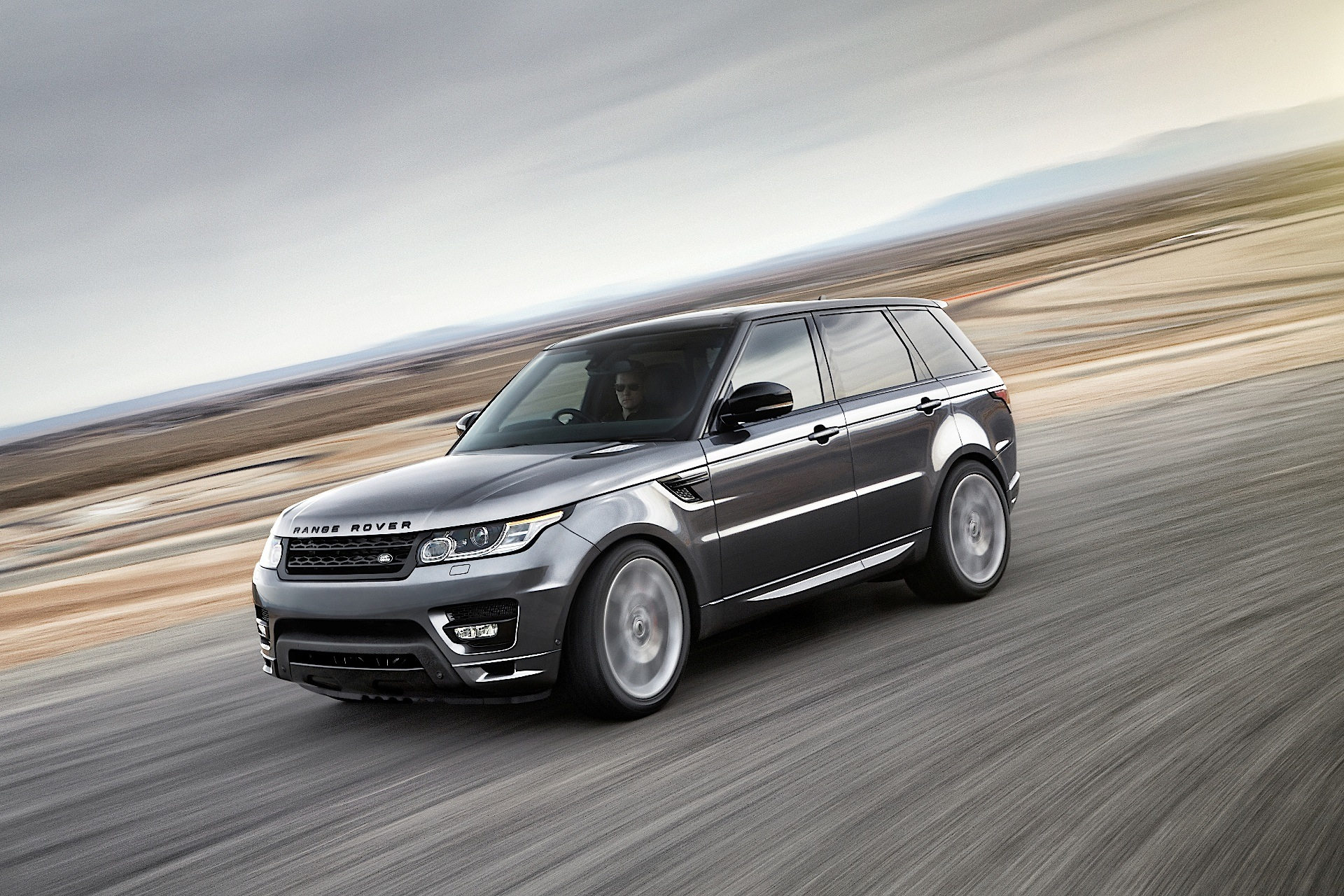 land rover range rover sport 2013 2014 2015 2016 2017 autoevolution. Black Bedroom Furniture Sets. Home Design Ideas