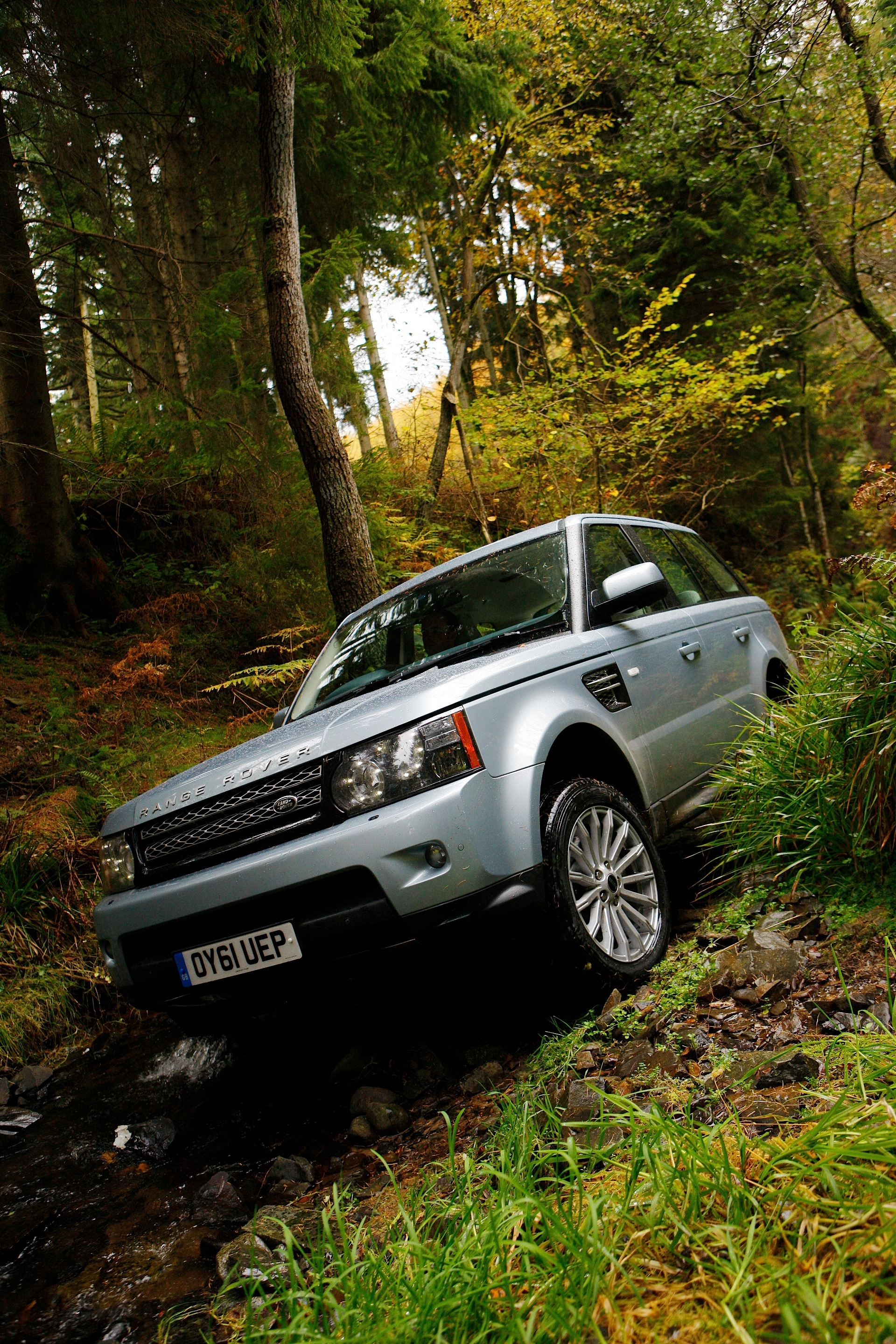 Rover Com Reviews >> LAND ROVER Range Rover Sport specs & photos - 2009, 2010, 2011, 2012, 2013 - autoevolution