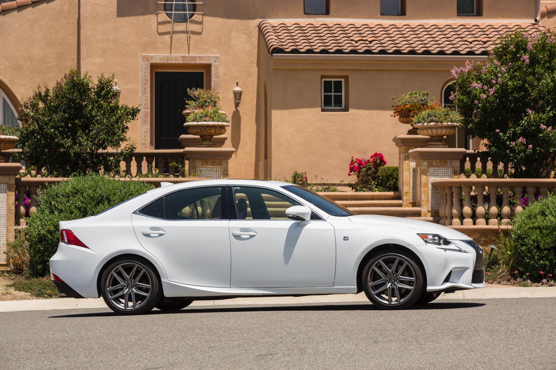Lexus Is Specs 2016 2017 2018 Autoevolution