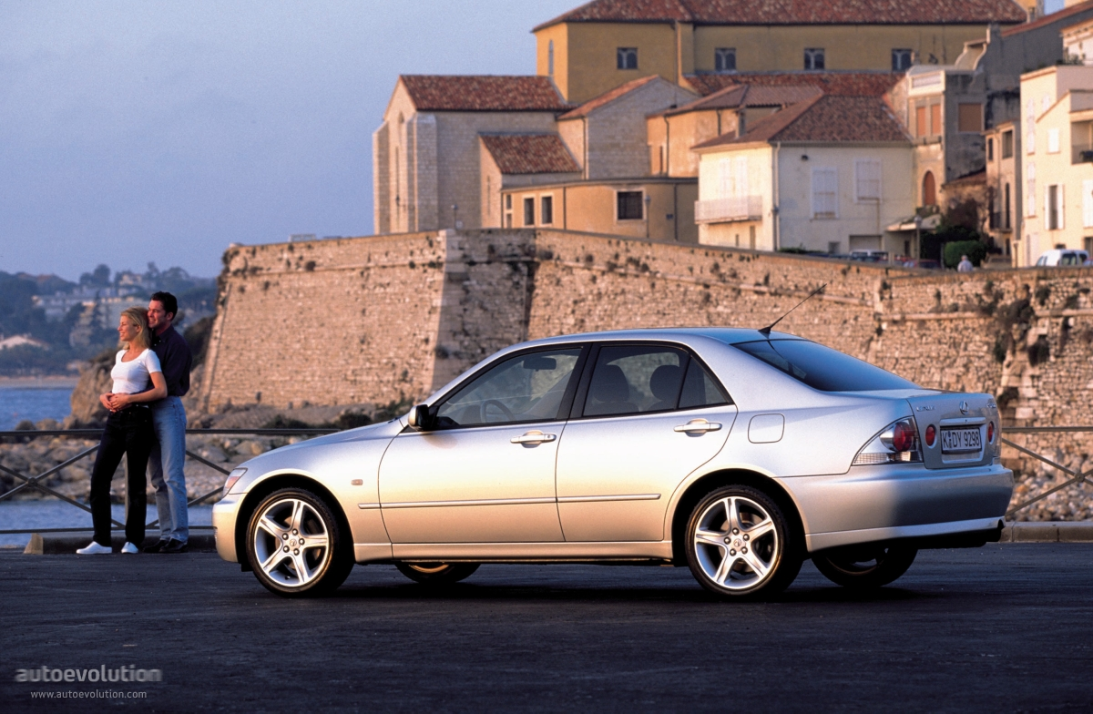 LEXUS IS - 1998, 1999, 2000, 2001, 2002, 2003, 2004, 2005