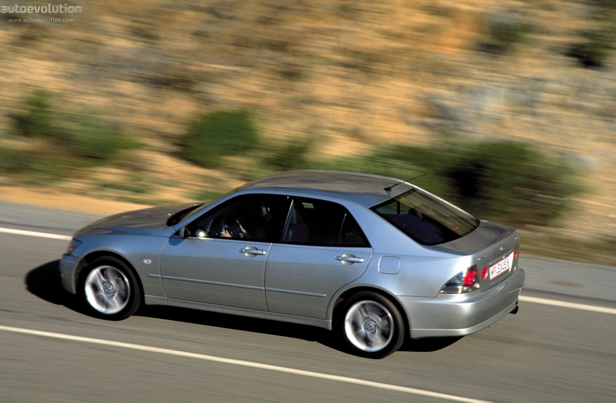 LEXUS IS Specs Amp Photos 1998 1999 2000 2001 2002
