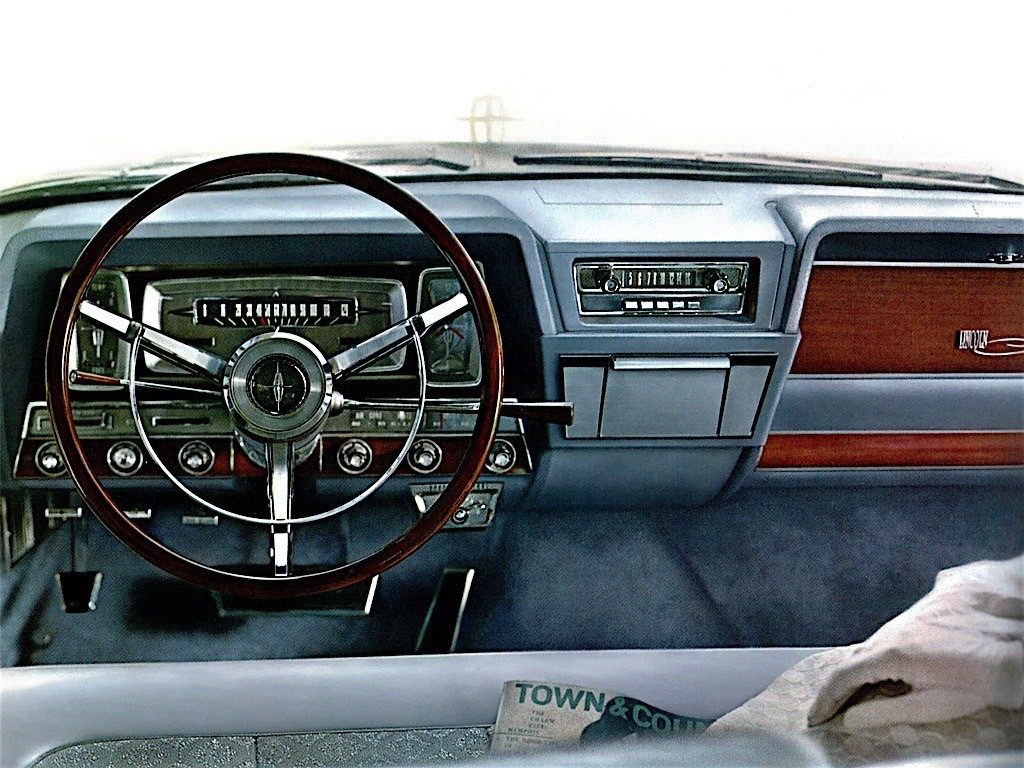2016 Jeep Wrangler besides 2019 Lincoln Aviator in addition 291326669618177468 furthermore Lincoln Continental 1961 furthermore Kinsmart And Matchbox 2003 Lincoln. on first lincoln continental