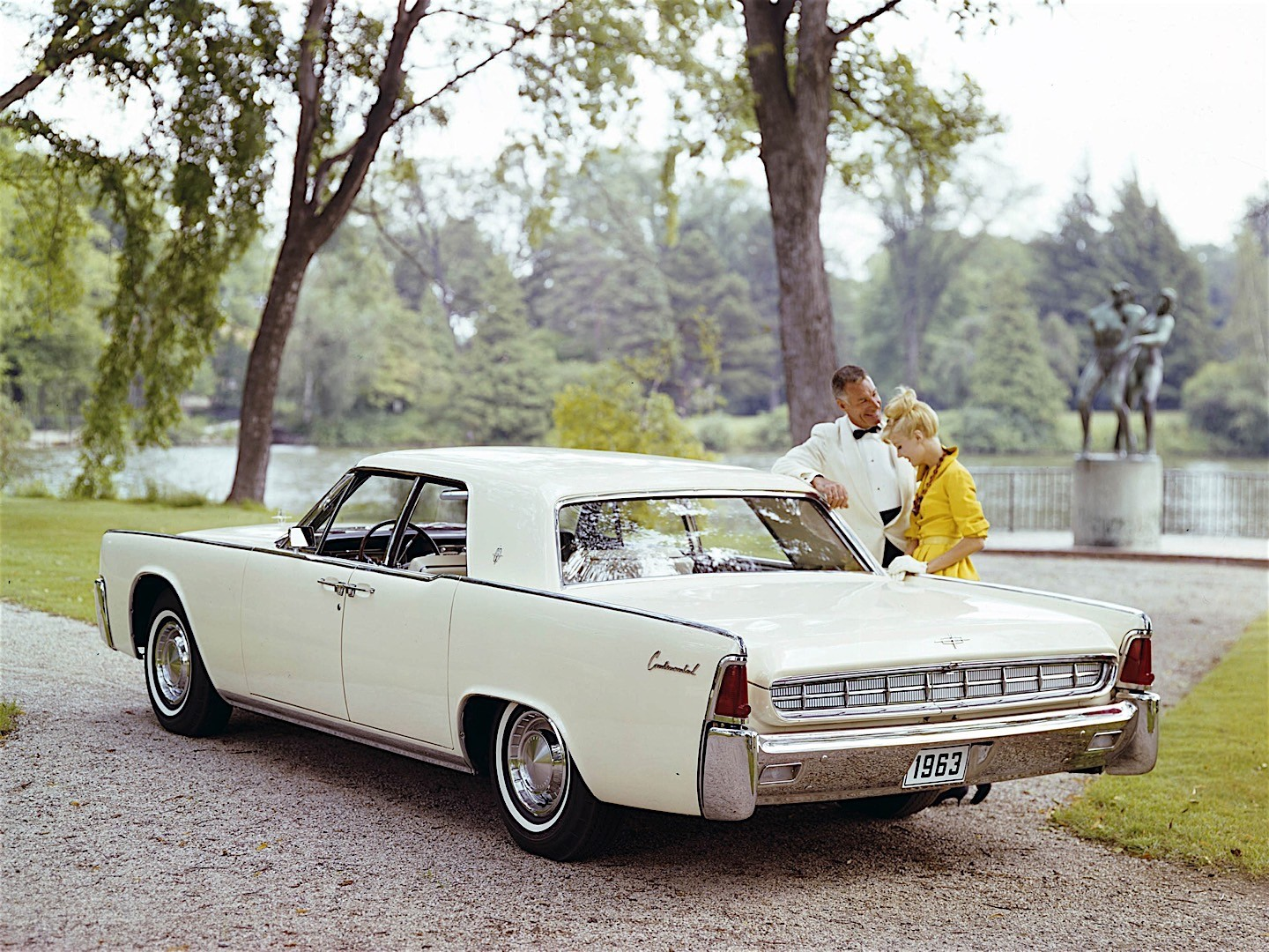 LINCOLN Continental specs & photos - 1961, 1962, 1963 ...
