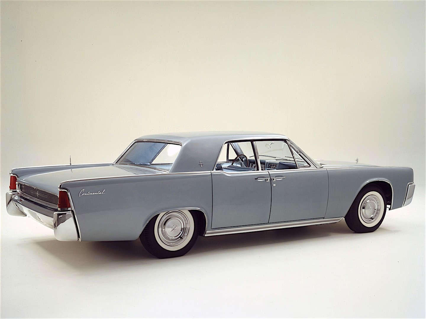 Lincoln Continental Specs Amp Photos 1961 1962 1963
