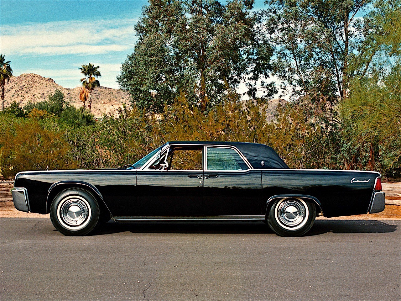 lincoln continental specs 1961 1962 1963 1964 1965 1966 1967 1968 1969 autoevolution. Black Bedroom Furniture Sets. Home Design Ideas