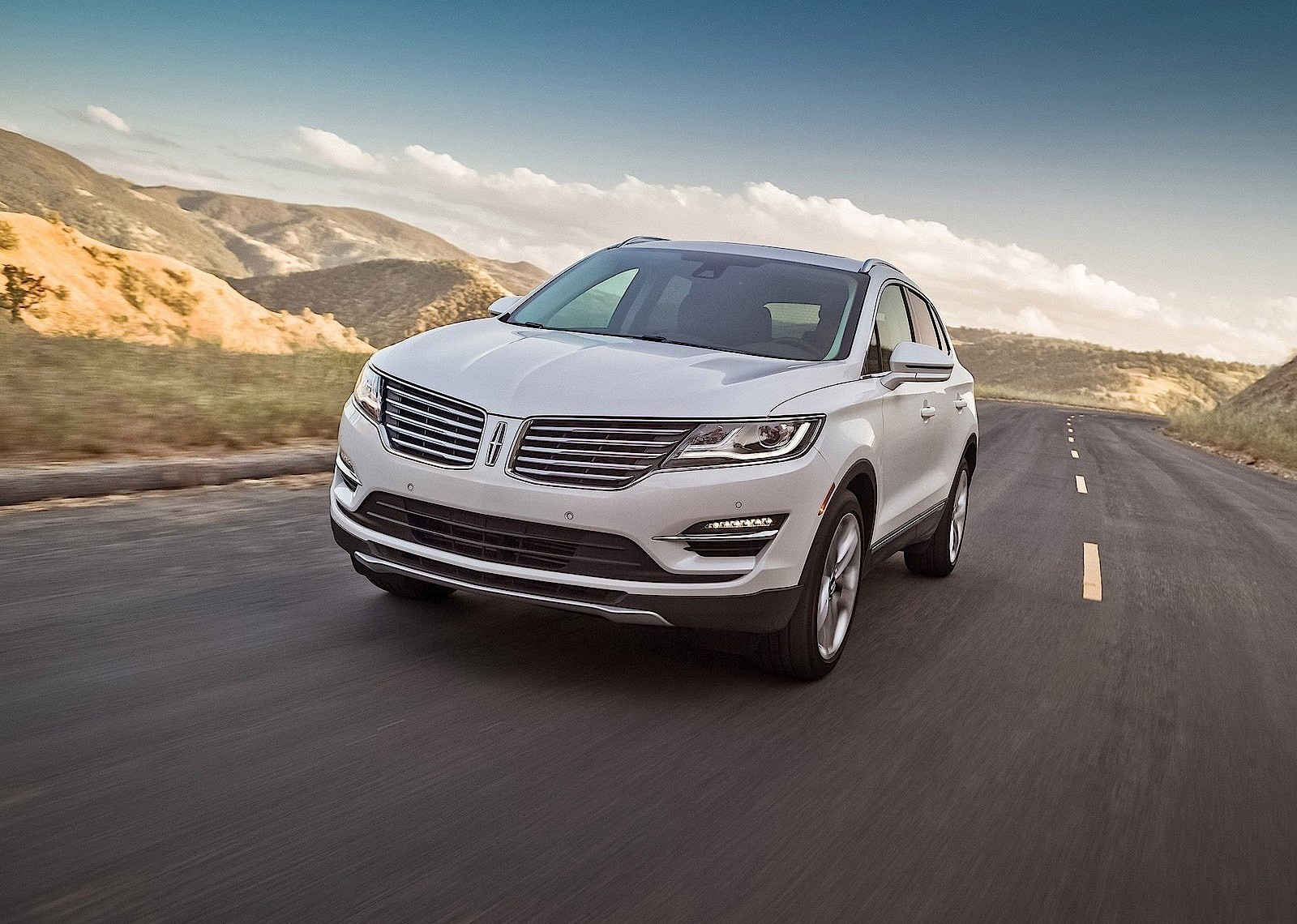 Lincoln mkc specs 2014 2015 2016 2017 2018 for Ford motor company 10k 2016