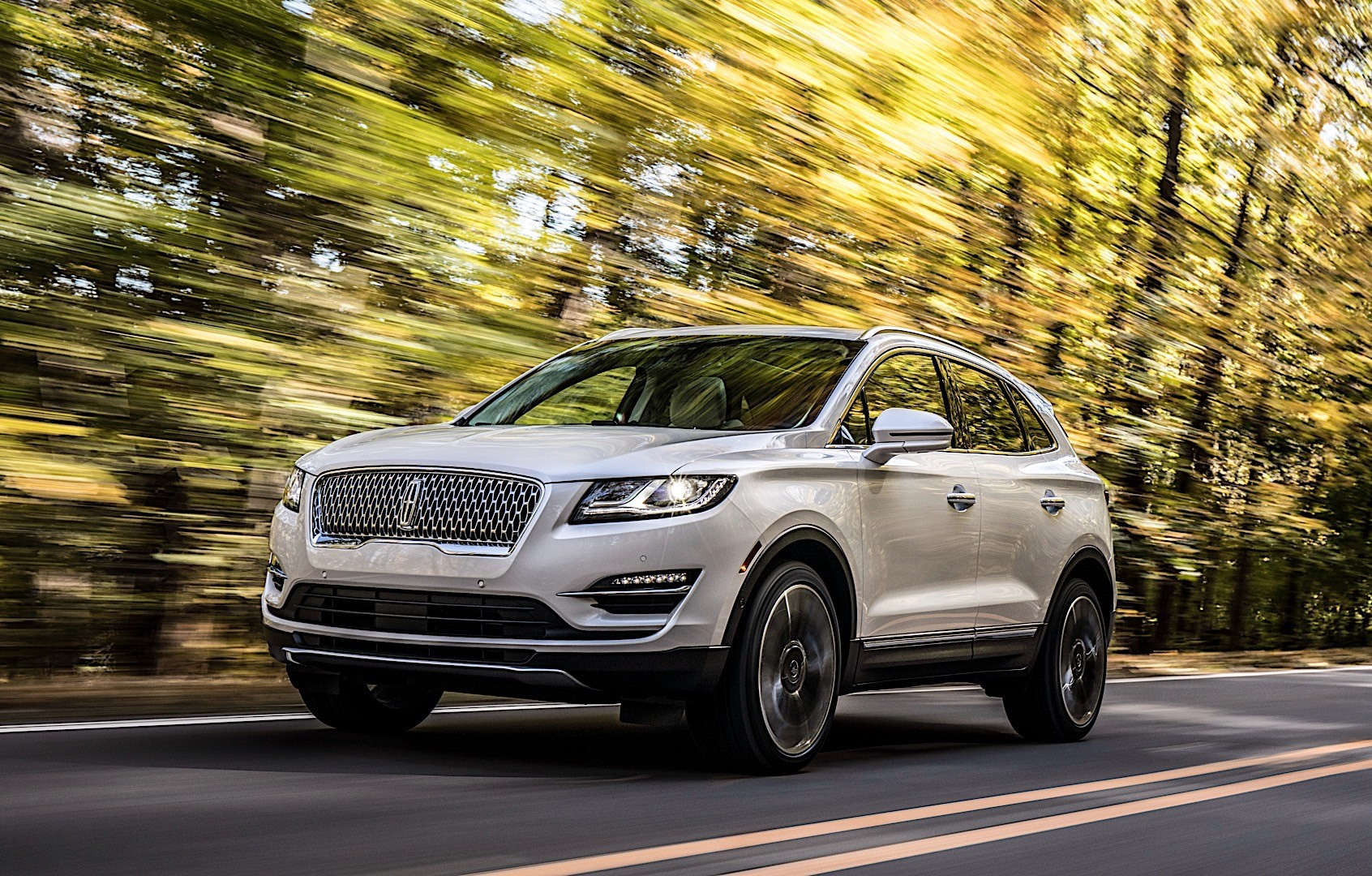 2020 Lincoln MKC Pictures