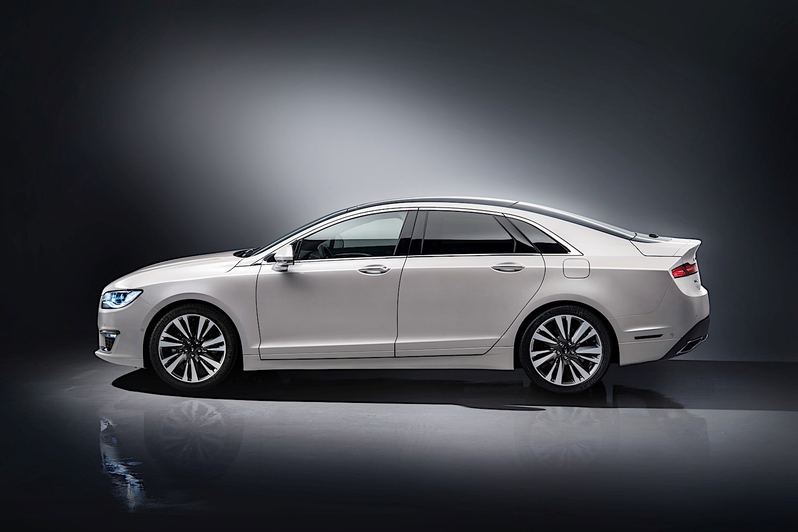 lincoln mkz specs 2016 2017 2018 autoevolution. Black Bedroom Furniture Sets. Home Design Ideas