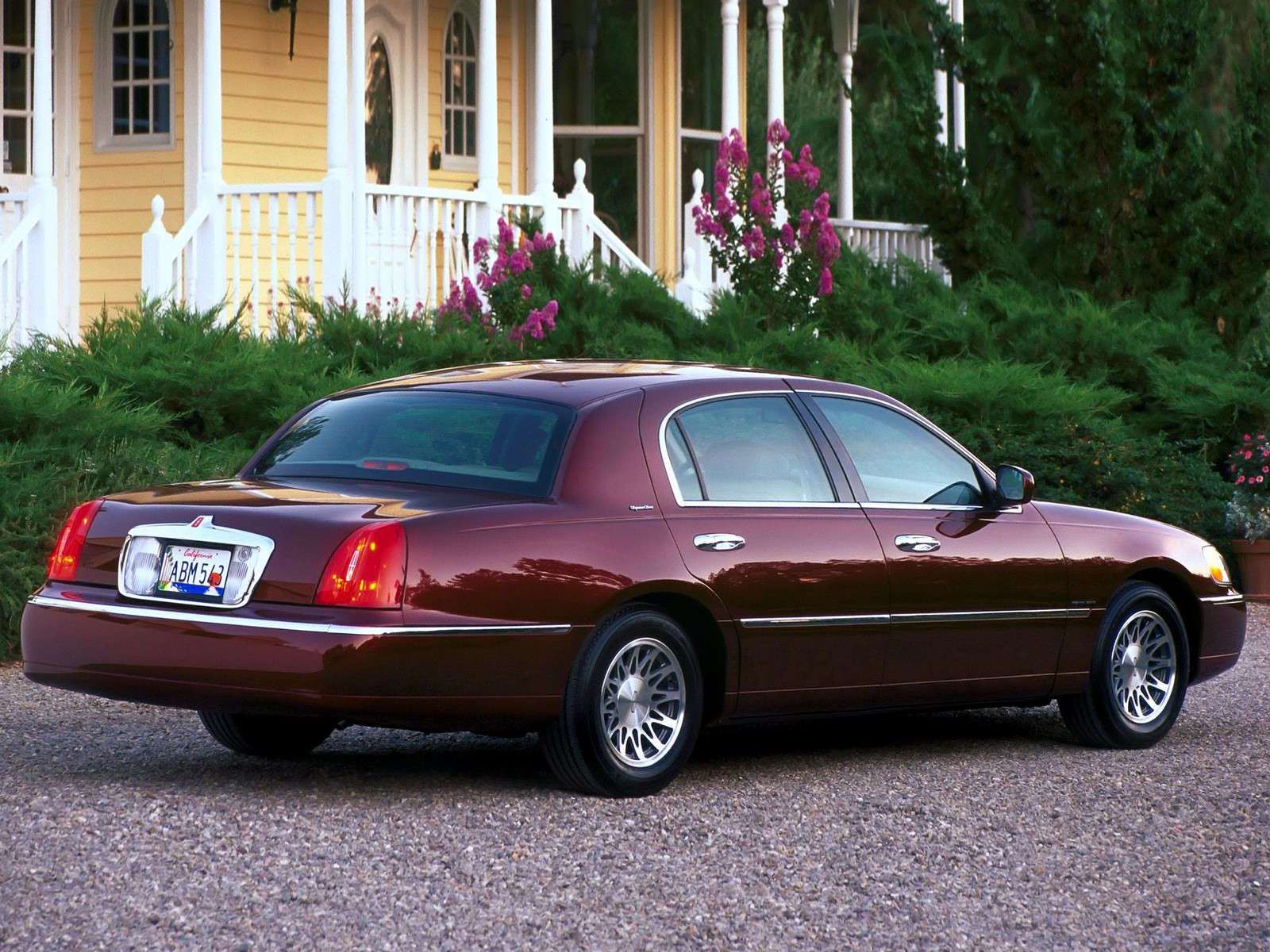 restorations olympus lincoln vehicledelivery camera digital town towncar plum cars crazy
