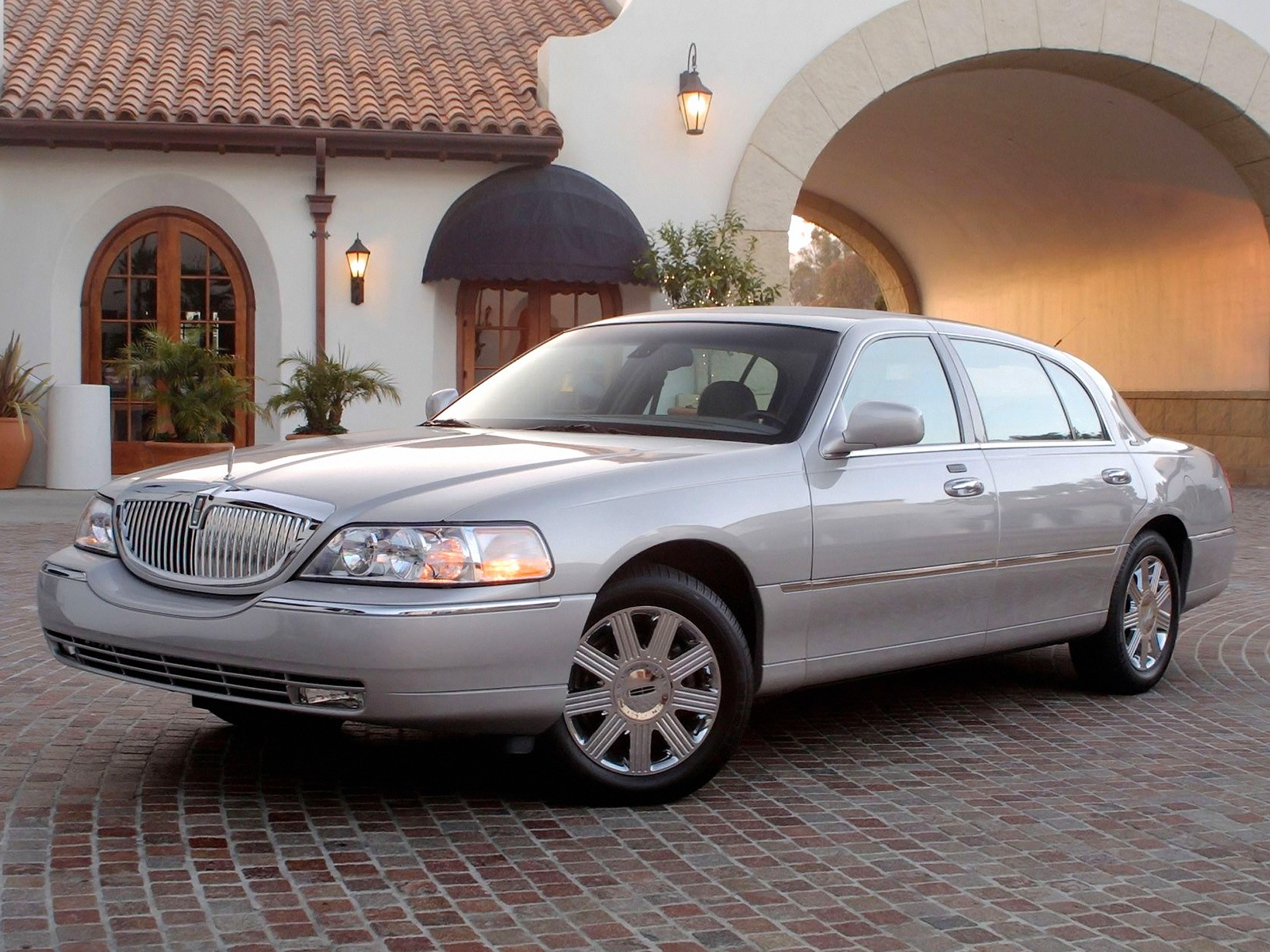 a car lincoln considered few review moment dedicated still dropping for case the within there on town cartier retro was sale completely travel brief figured company but people