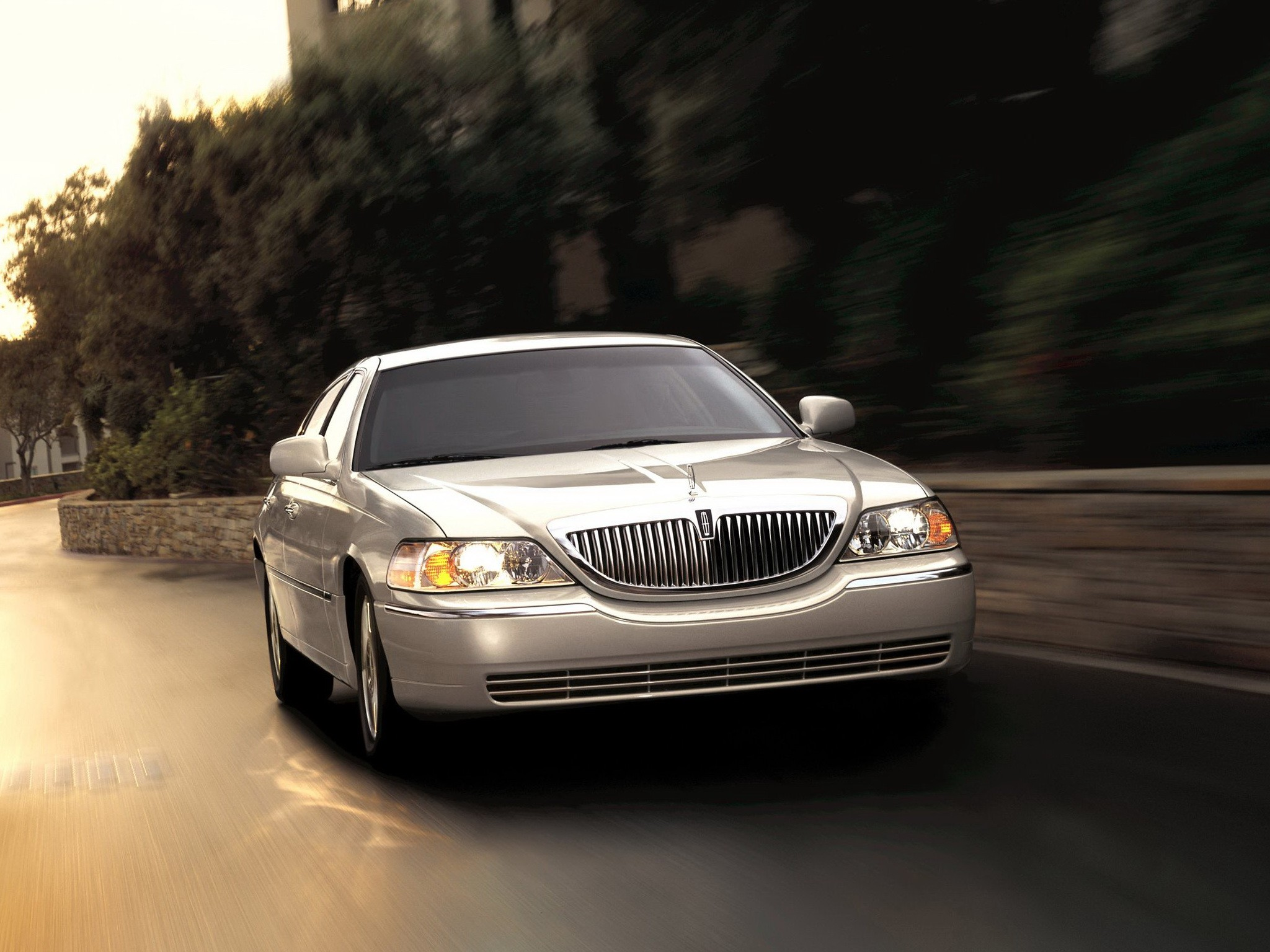 Lincoln Town Car 2007 2008 2009 2010 2011 Autoevolution