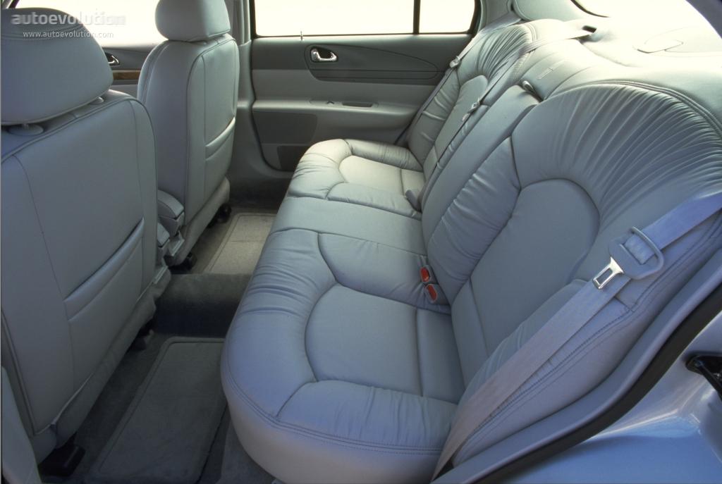 Lincolncontinental on 2000 Cadillac V8