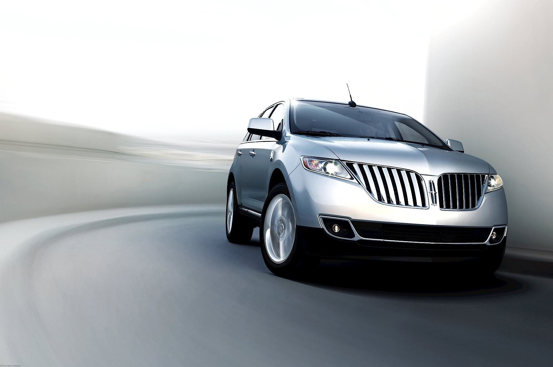 come features sales out condition inventory this overview mint mkx auto lincoln select check