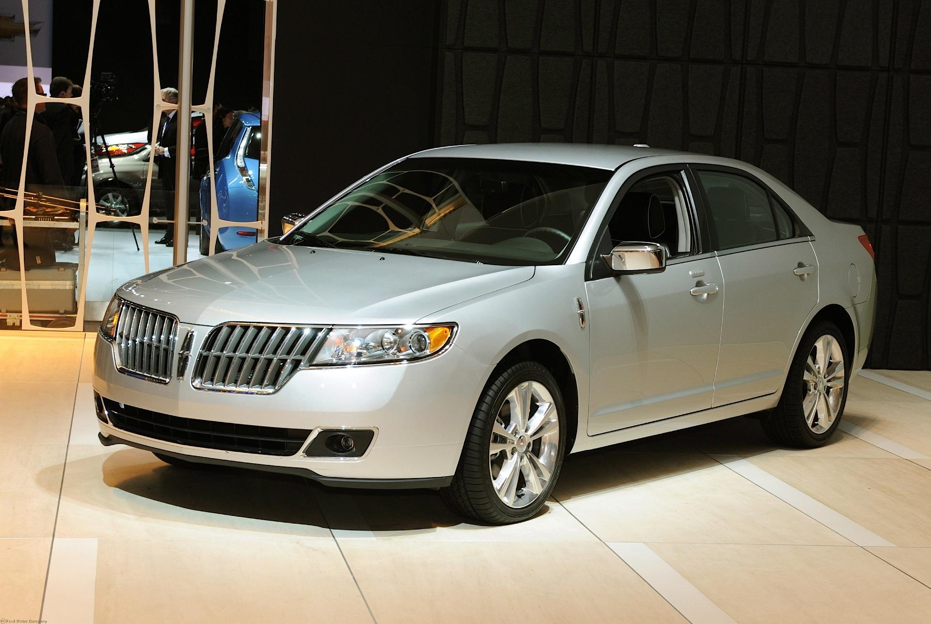 Lincoln mkz 2010 2011 2012 2013 autoevolution for Lincoln motor company lincoln maine