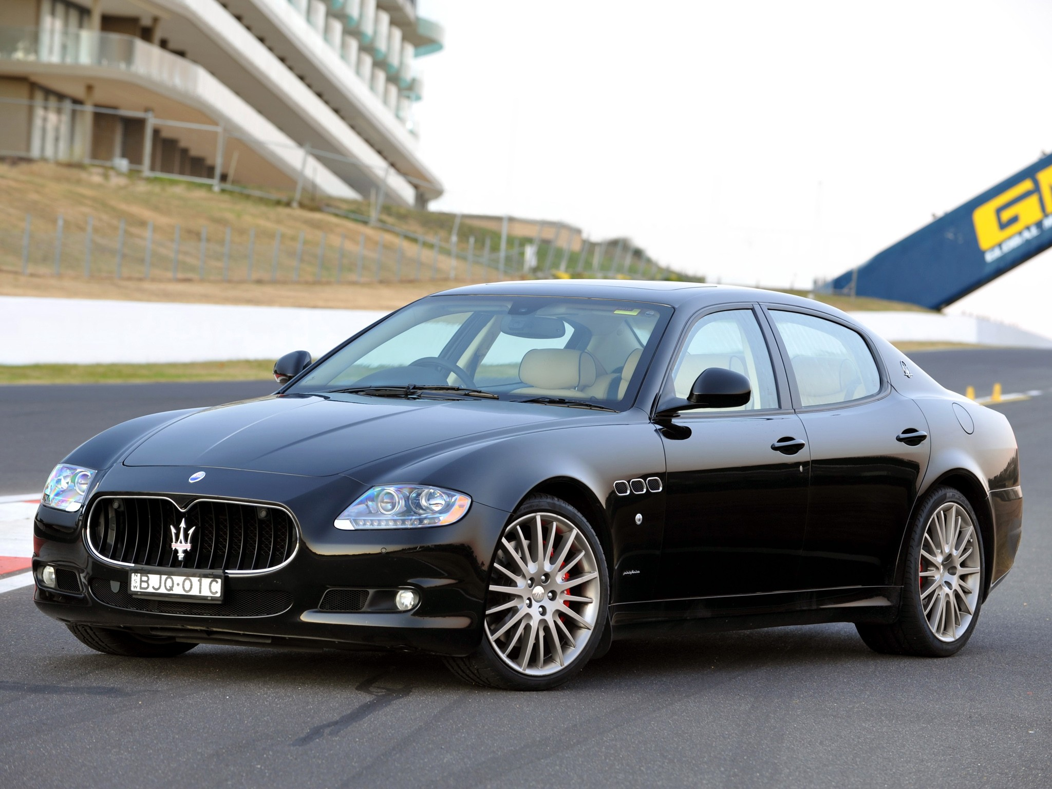 maserati quattroporte sport gt s specs photos 2009. Black Bedroom Furniture Sets. Home Design Ideas