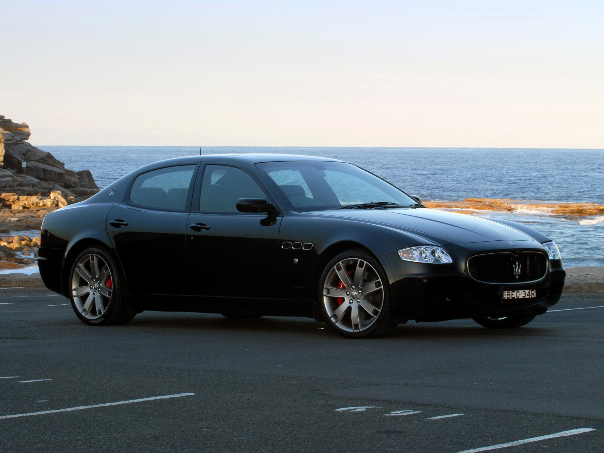 maserati quattroporte sport gt s specs 2009 2010 2011 2012 2013 autoevolution. Black Bedroom Furniture Sets. Home Design Ideas