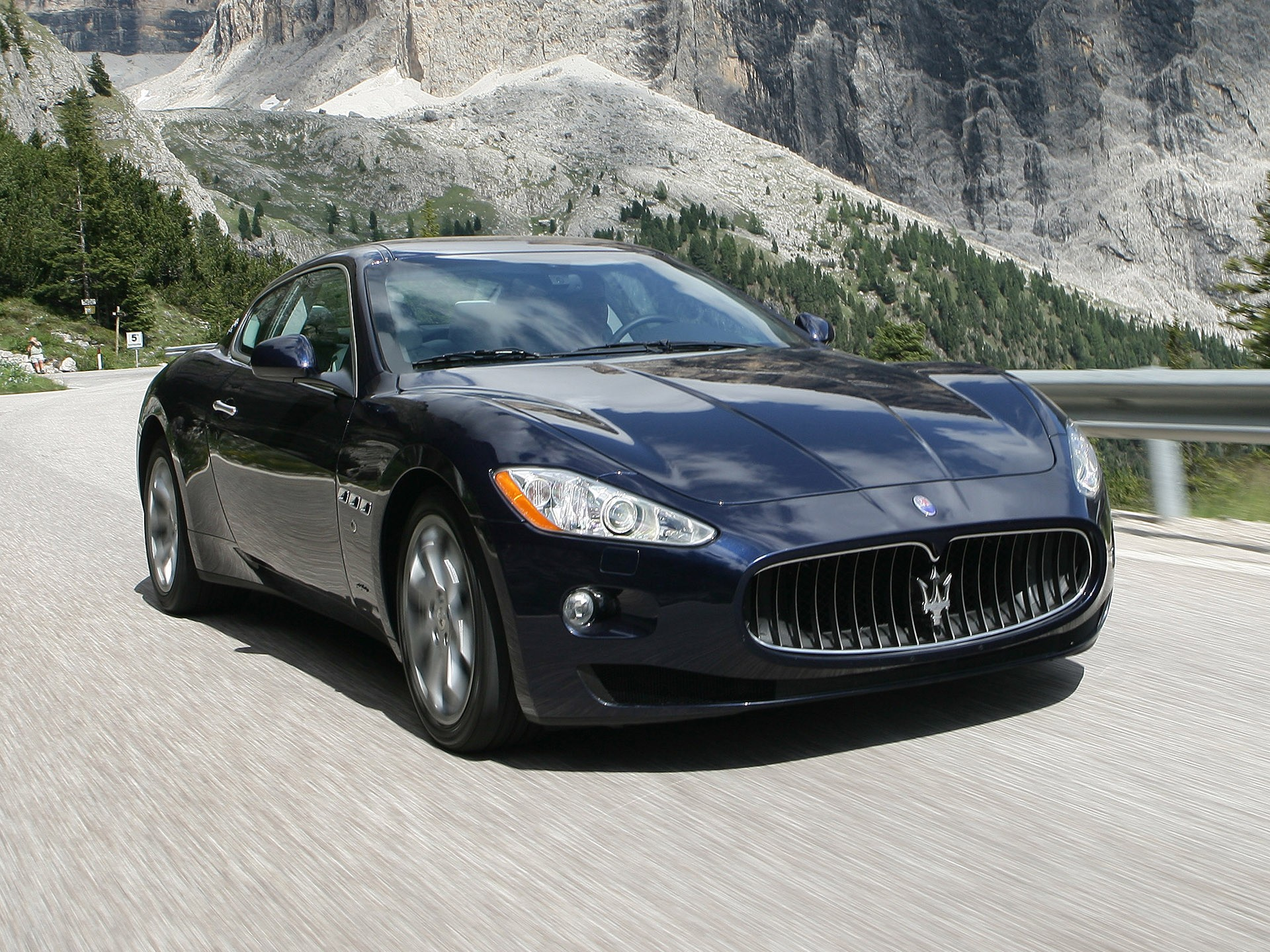 maserati granturismo specs 2007 2008 2009 2010 2011. Black Bedroom Furniture Sets. Home Design Ideas