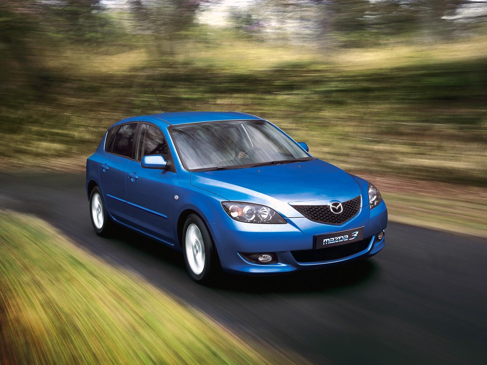 Mazda 3 Axela Hatchback Specs Amp Photos 2004 2005
