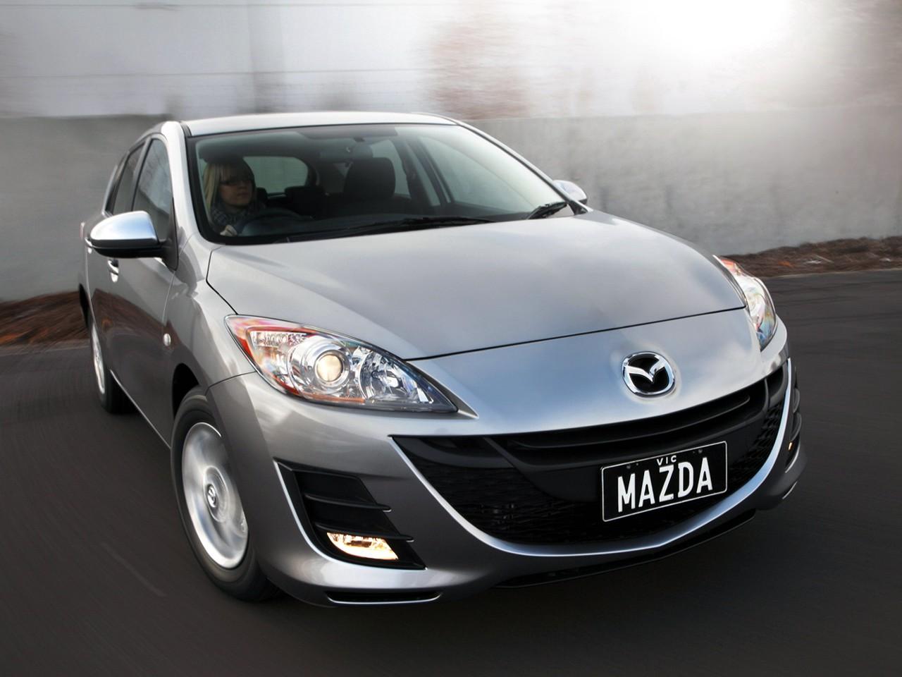 2012 mazda 3 hatchback photo car reviews 2013 car reviews and html autos weblog. Black Bedroom Furniture Sets. Home Design Ideas