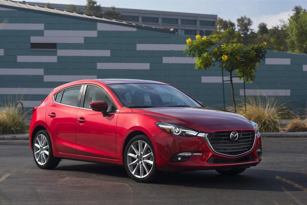 Mazda 3 Axela Hatchback 2016 2018