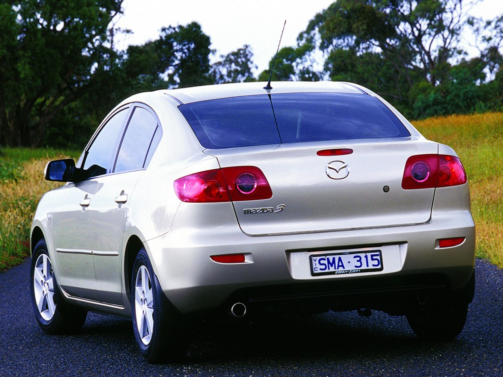 mazda 3 axela sedan specs photos 2004 2005 2006. Black Bedroom Furniture Sets. Home Design Ideas