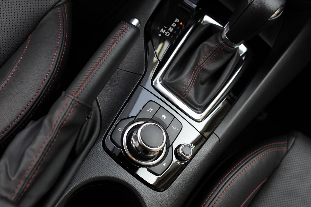 MAZDA 3  Axela Sedan specs  2013 2014 2015 2016 2017