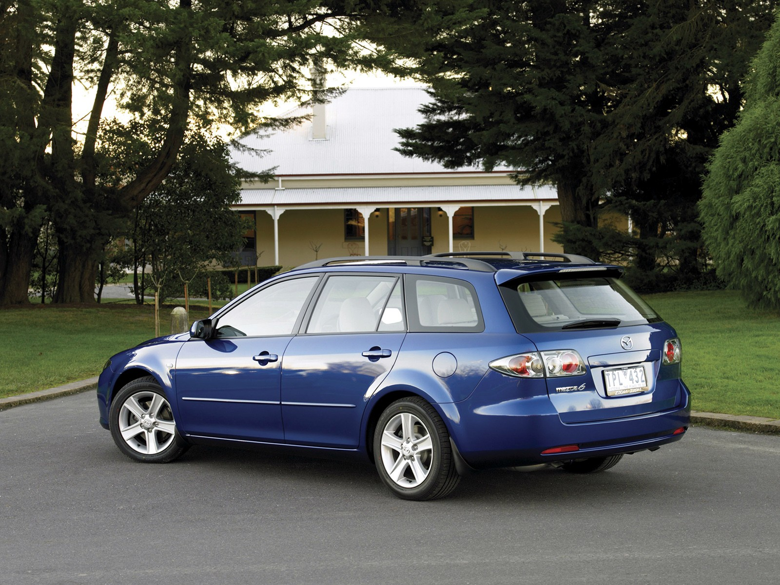 mazda 6 atenza wagon specs 2005 2006 2007 autoevolution. Black Bedroom Furniture Sets. Home Design Ideas