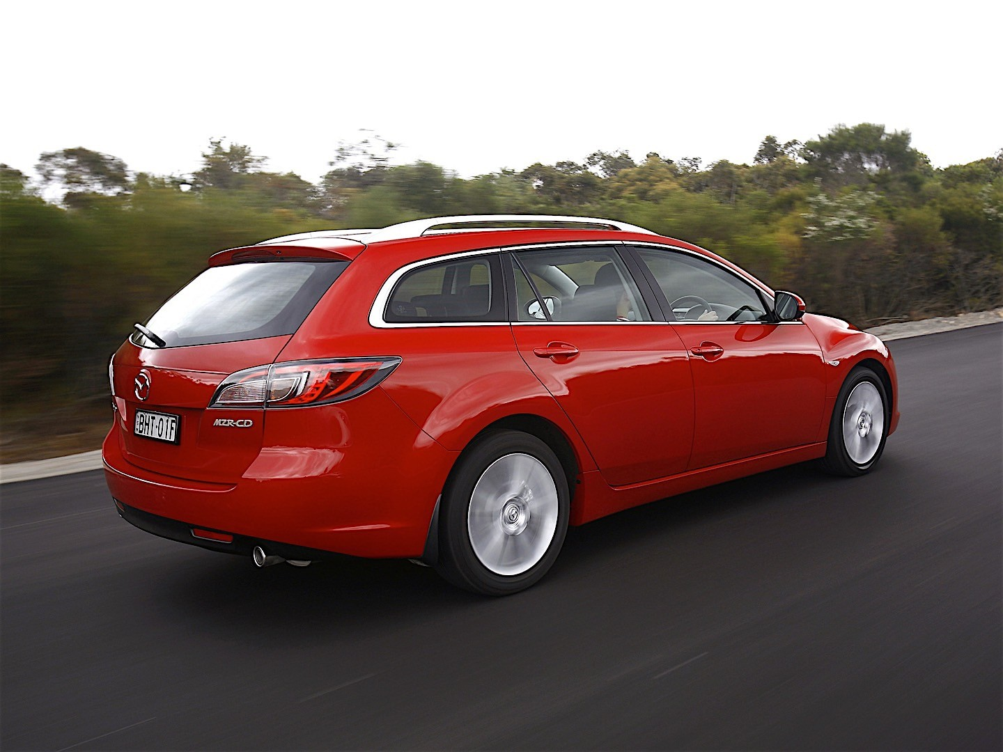 mazda 6 atenza wagon specs 2007 2008 2009 2010 2011 2012 autoevolution. Black Bedroom Furniture Sets. Home Design Ideas