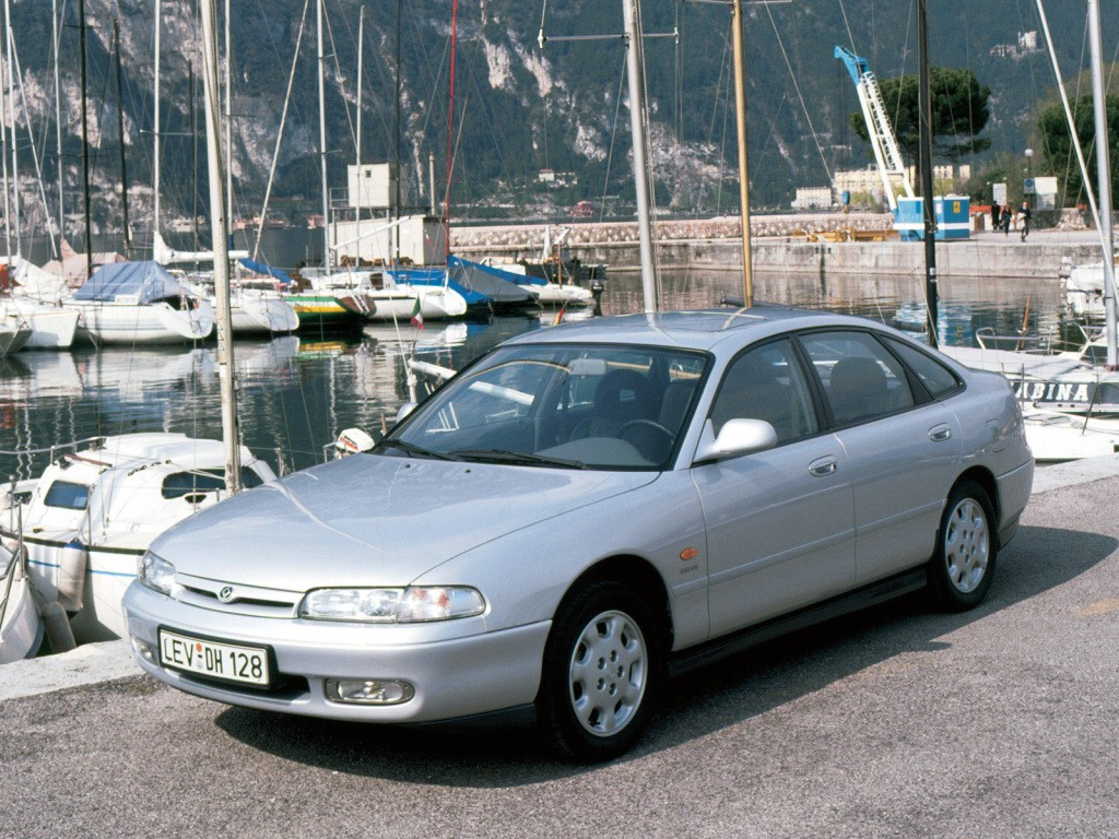 MAZDA 626 (Mk.4) Hatchback specs & photos - 1991, 1992 ...