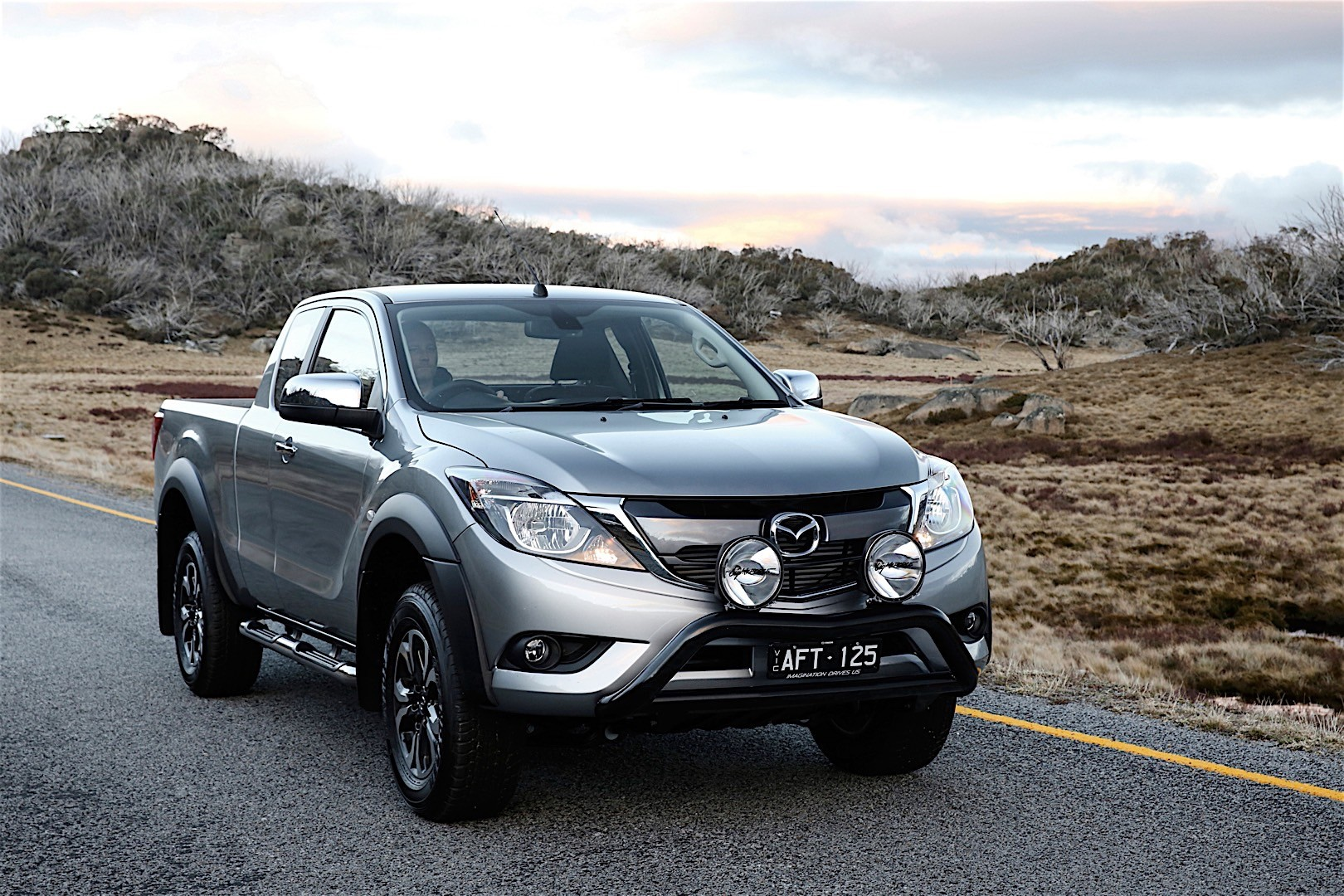 mazda bt 50 specs 2015 2016 2017 2018 autoevolution. Black Bedroom Furniture Sets. Home Design Ideas