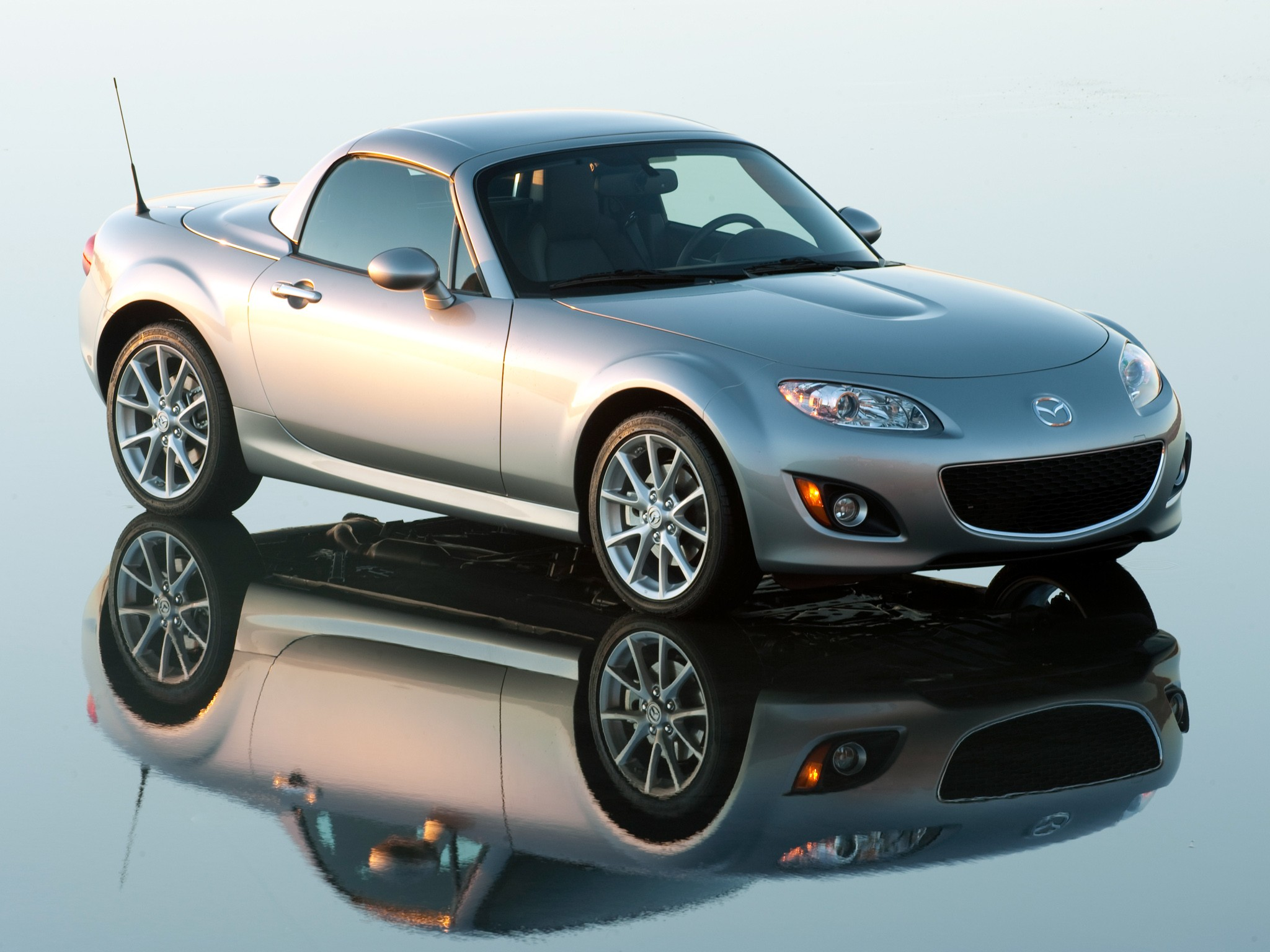 mazda mx 5 miata specs 2008 2009 2010 2011 2012 2013 2014 2015 autoevolution. Black Bedroom Furniture Sets. Home Design Ideas