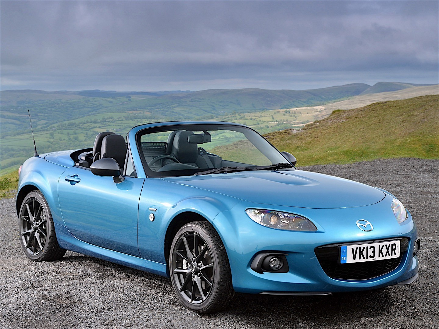 mazda mx 5 miata roadster coupe 2012 2013 2014 2015 2016 autoevolution. Black Bedroom Furniture Sets. Home Design Ideas