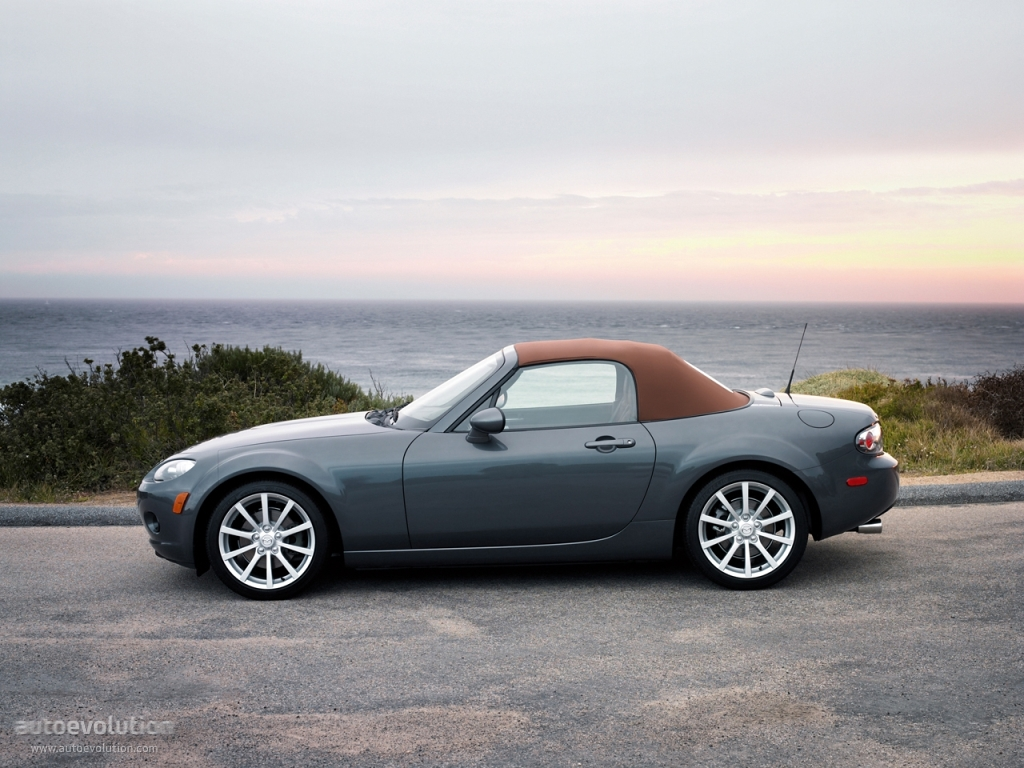 mazda mx 5 miata specs 2005 2006 2007 2008 autoevolution. Black Bedroom Furniture Sets. Home Design Ideas