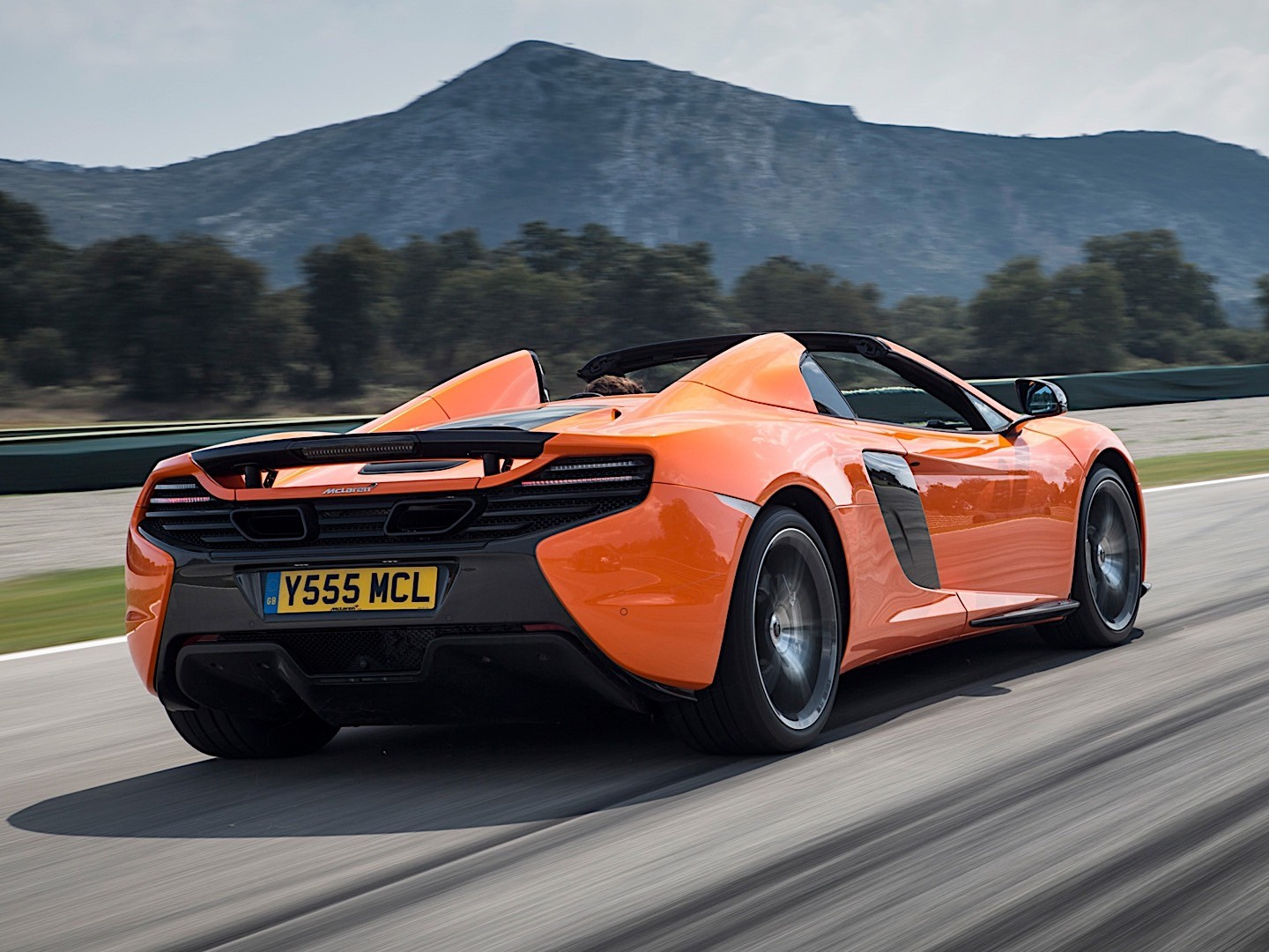 MCLAREN 650S Spider specs & photos - 2014, 2015, 2016 ...