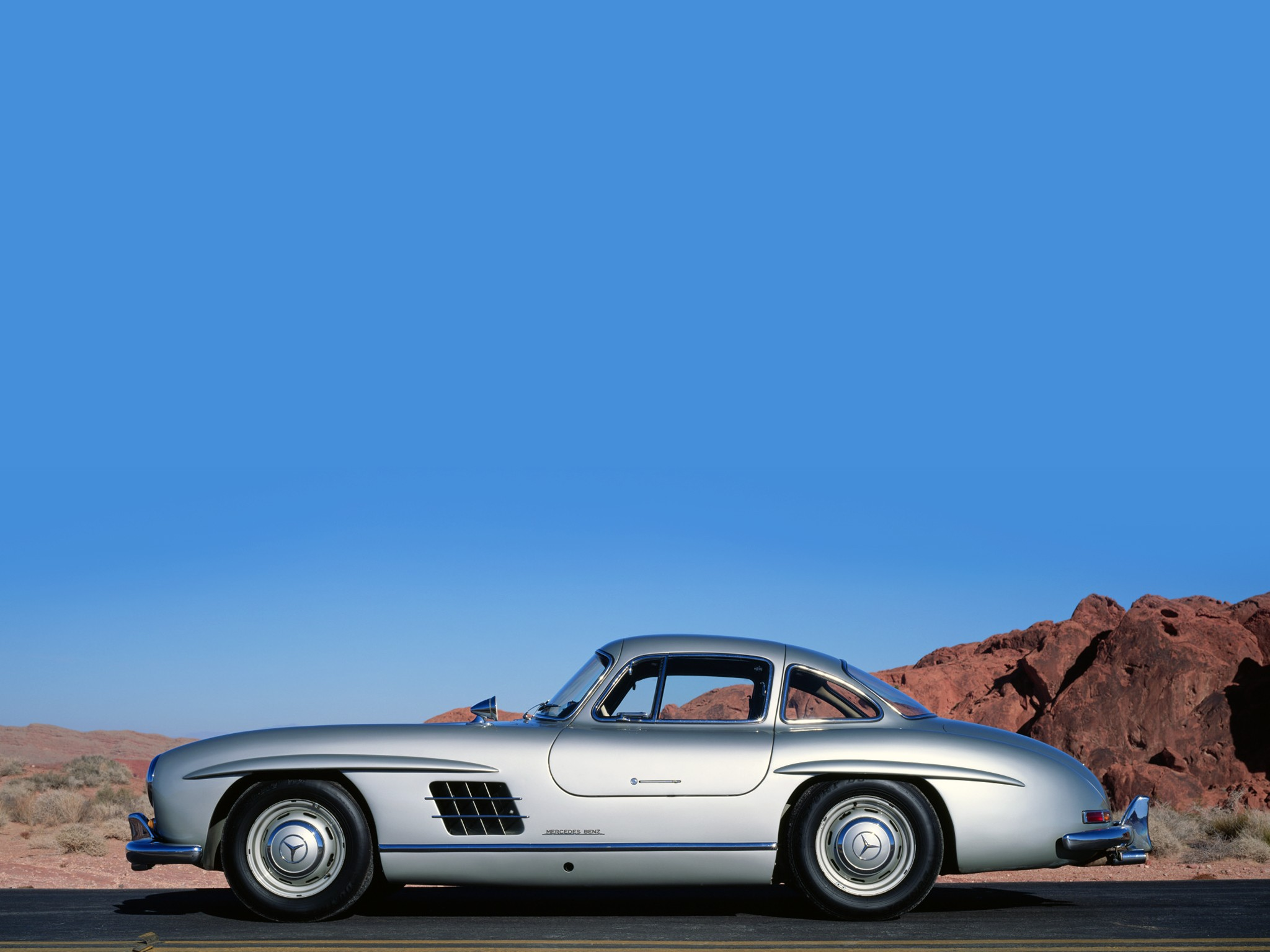 Mercedes benz 300 sl coupe w198 specs 1954 1955 1956 for Mercedes benz gas chambers
