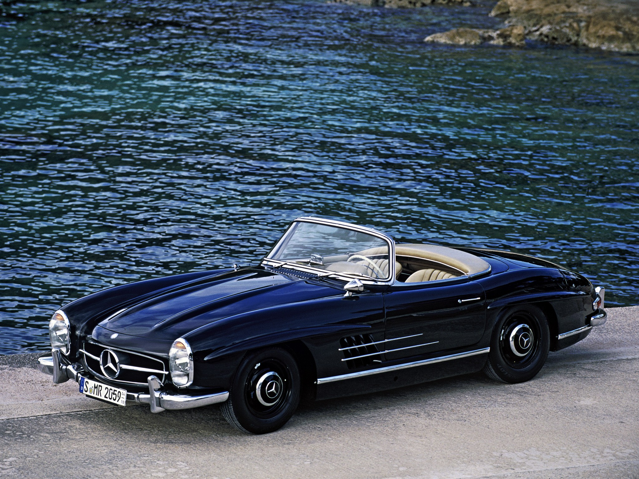 mercedes benz 300 sl roadster w198 specs 1957 1958. Black Bedroom Furniture Sets. Home Design Ideas
